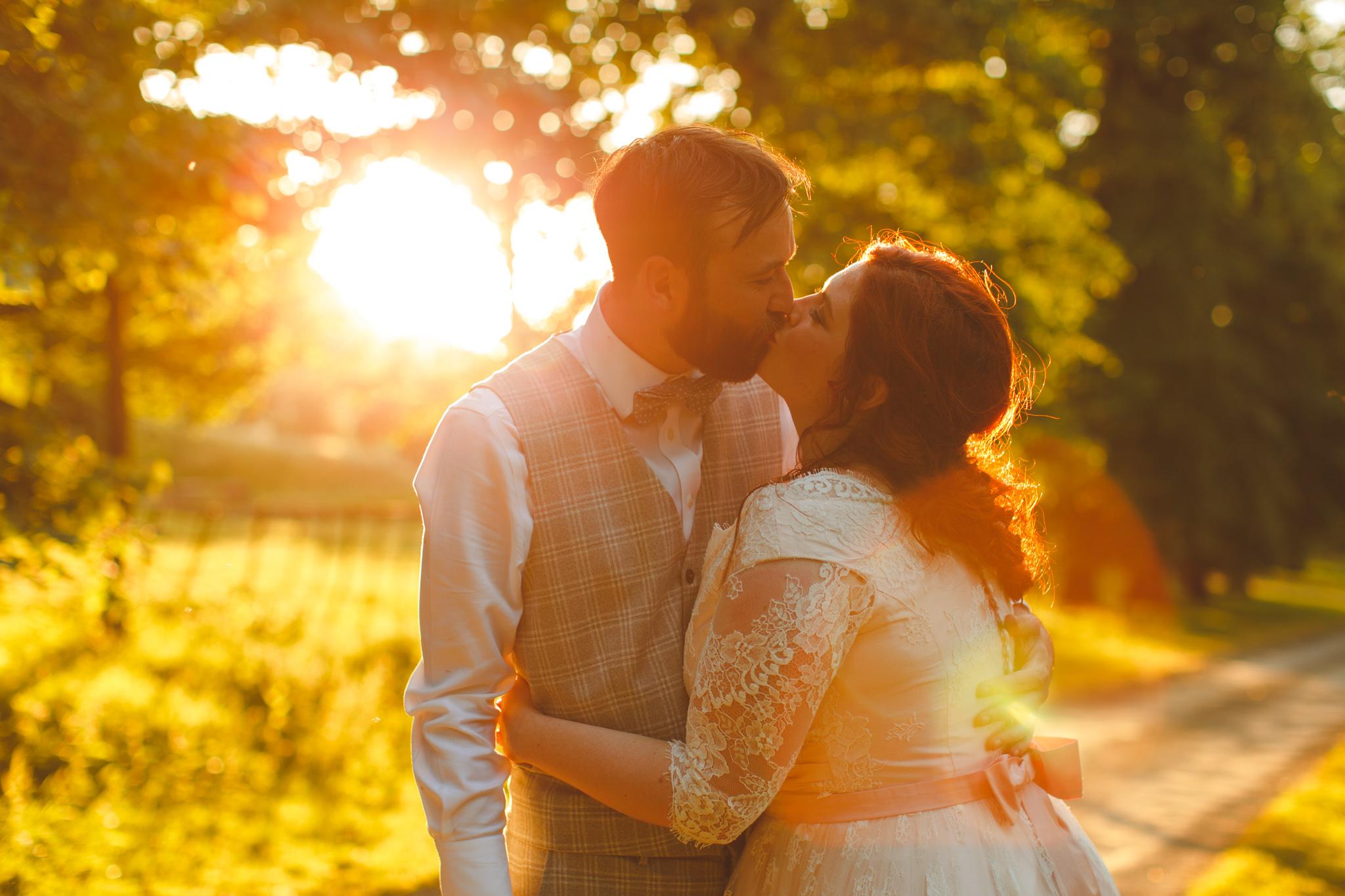 derbyshire-wedding-photographer-videographer-camera-hannah-54.jpg