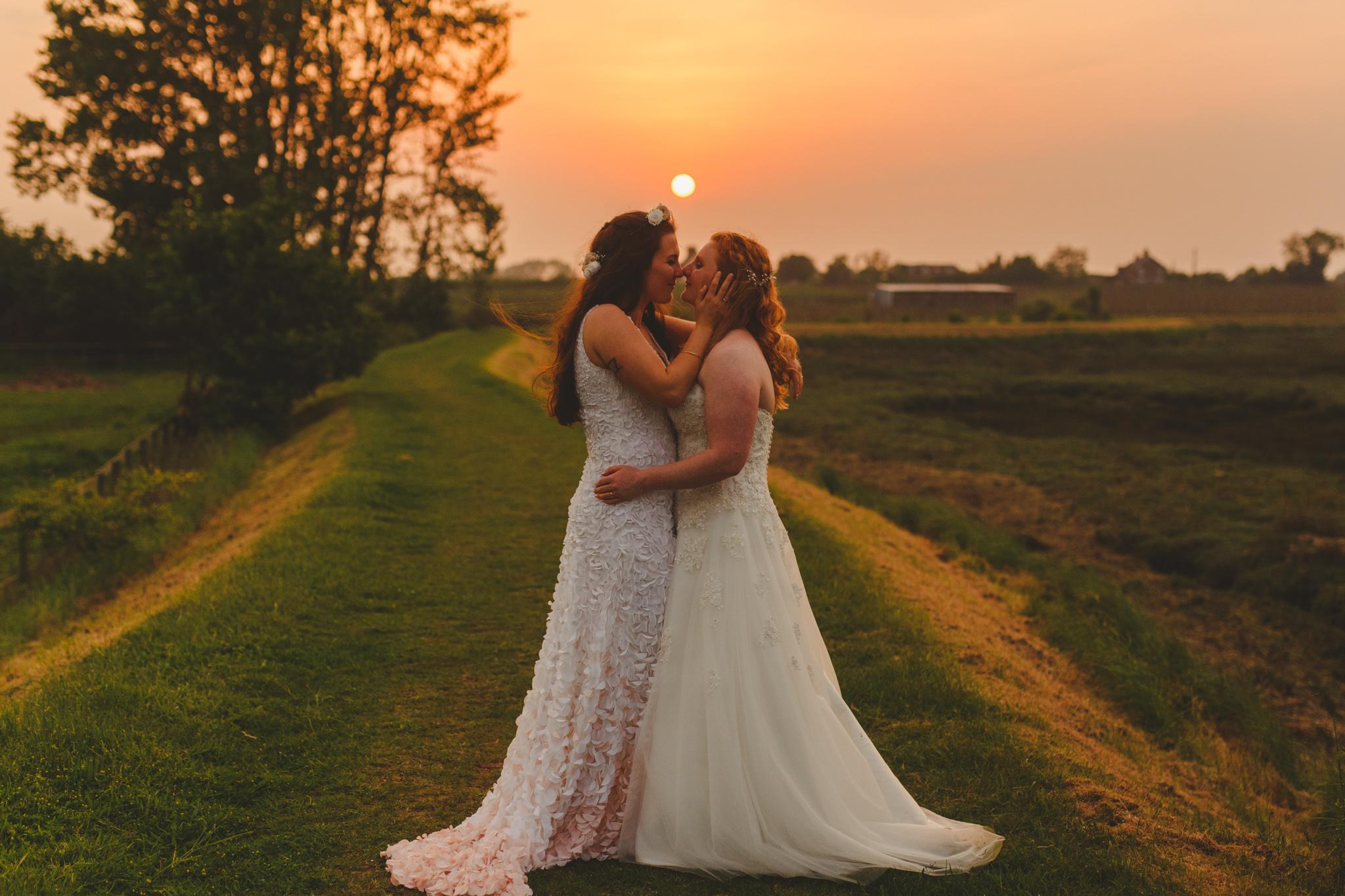 derbyshire-wedding-photographer-videographer-camera-hannah-64.jpg