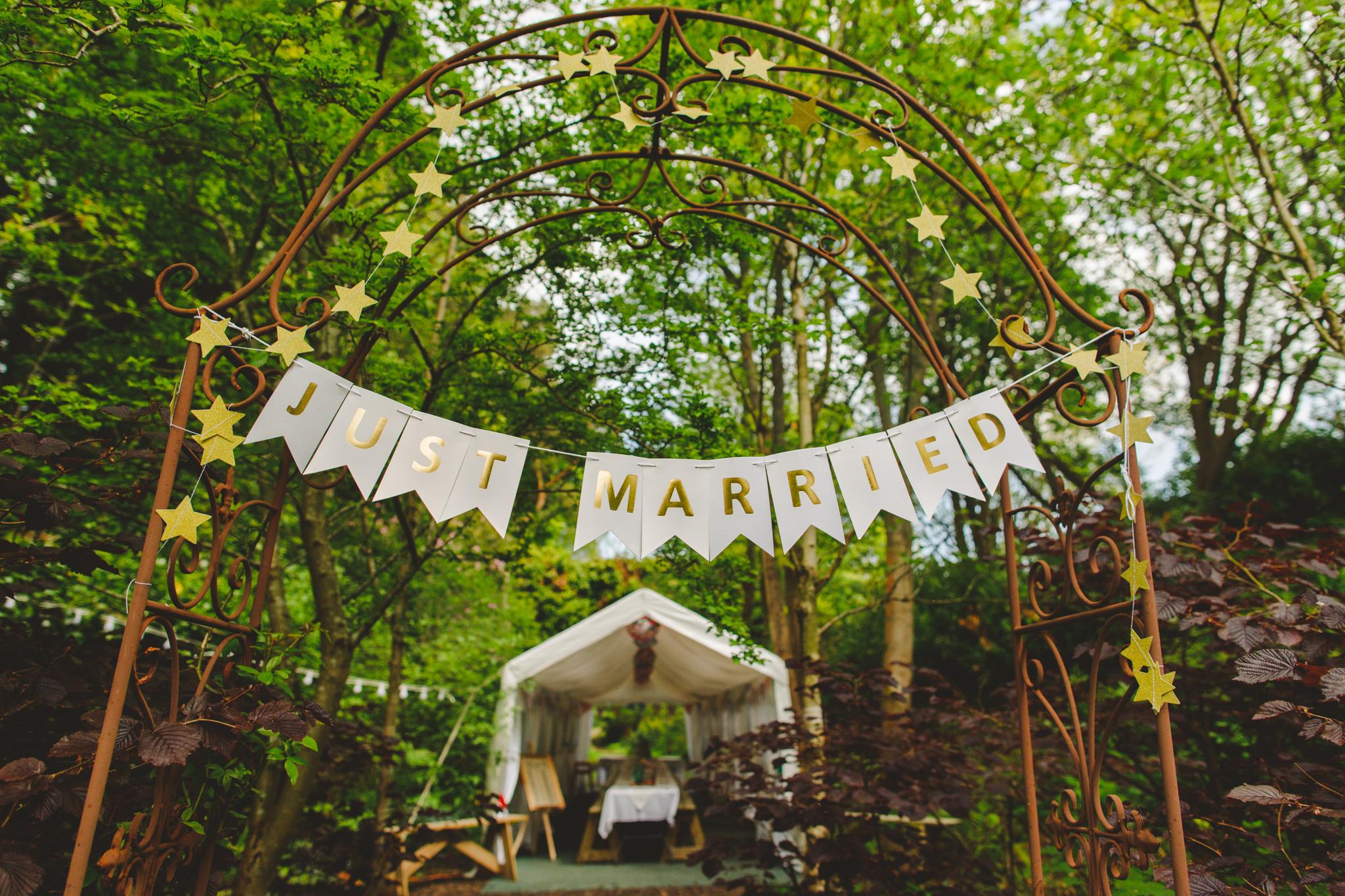 derbyshire-wedding-photographer-videographer-camera-hannah-63.jpg