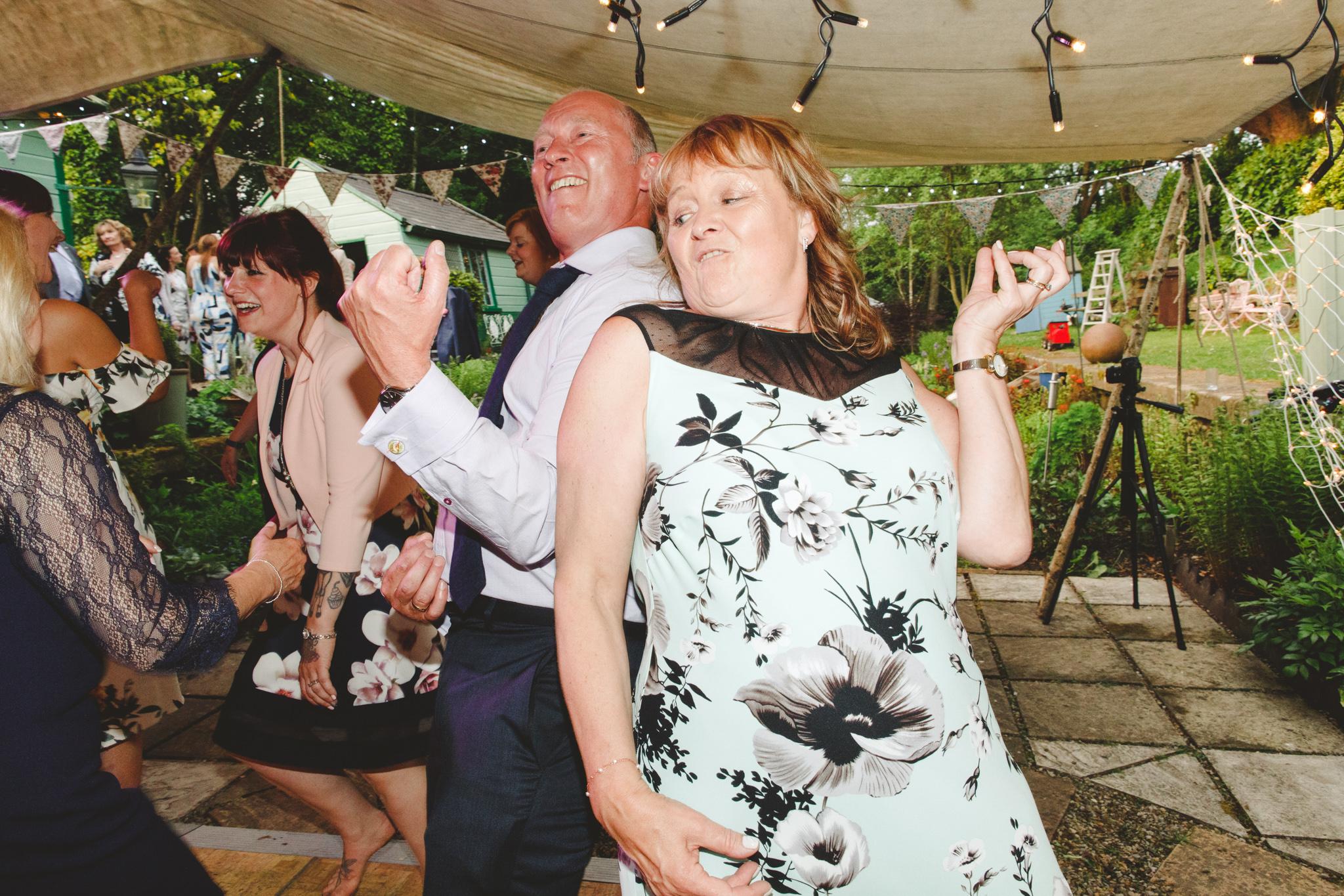 derbyshire-wedding-photographer-videographer-camera-hannah-65.jpg