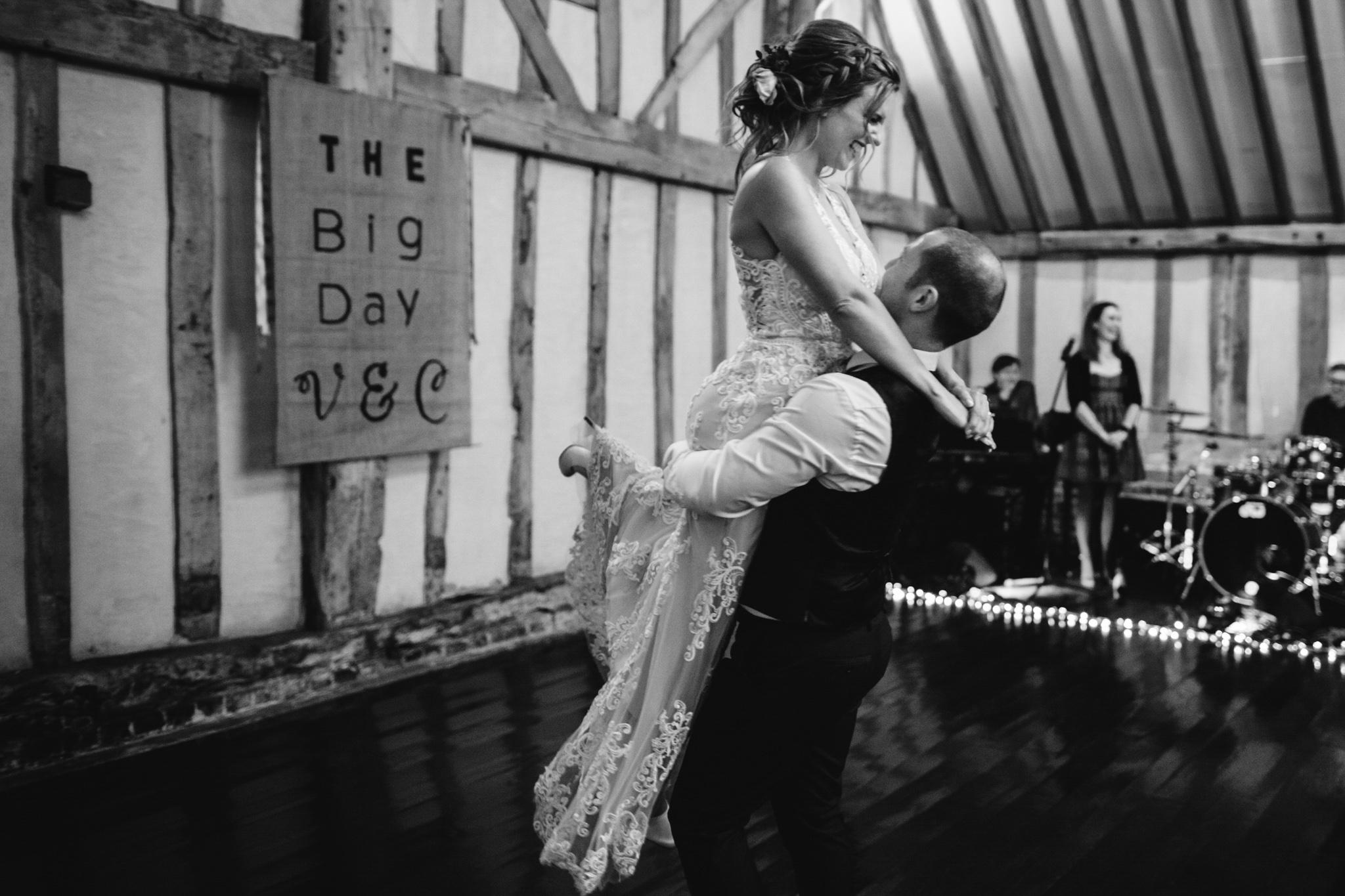 derby-wedding-photographer-camera-hannah-blog-100.jpg
