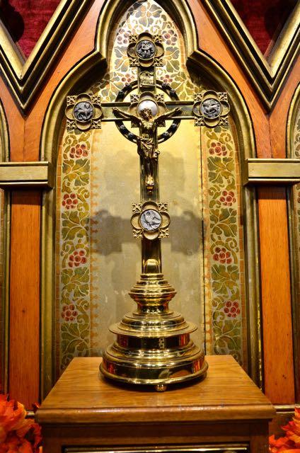 altar cross at st. luke's church