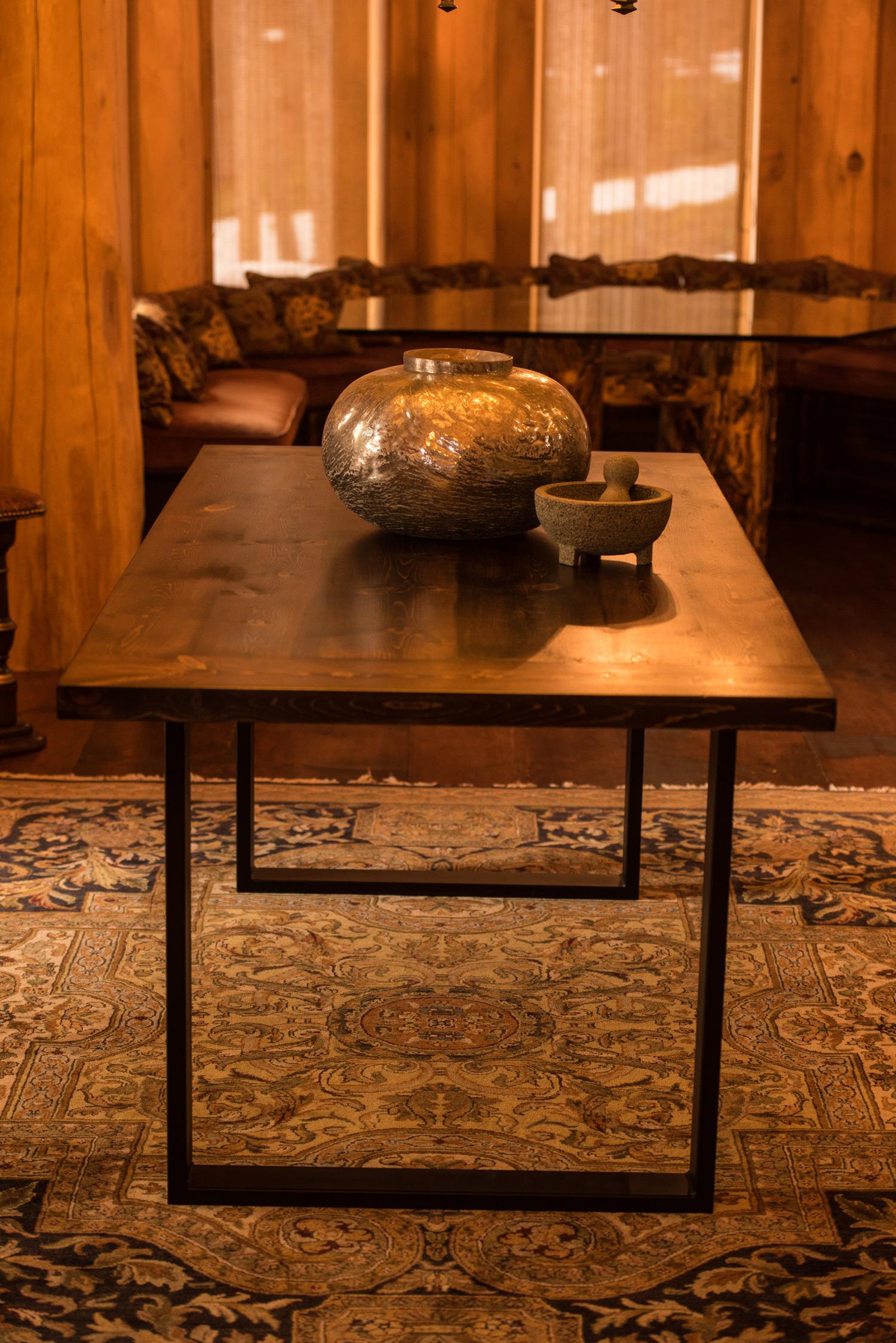 Colorado-Tables-Circle-Miner-Table---1.jpg