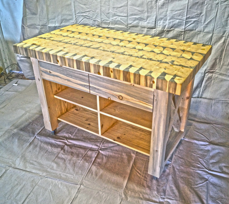 Colorado-Tables---Custom-Kitchen-Islands.jpg