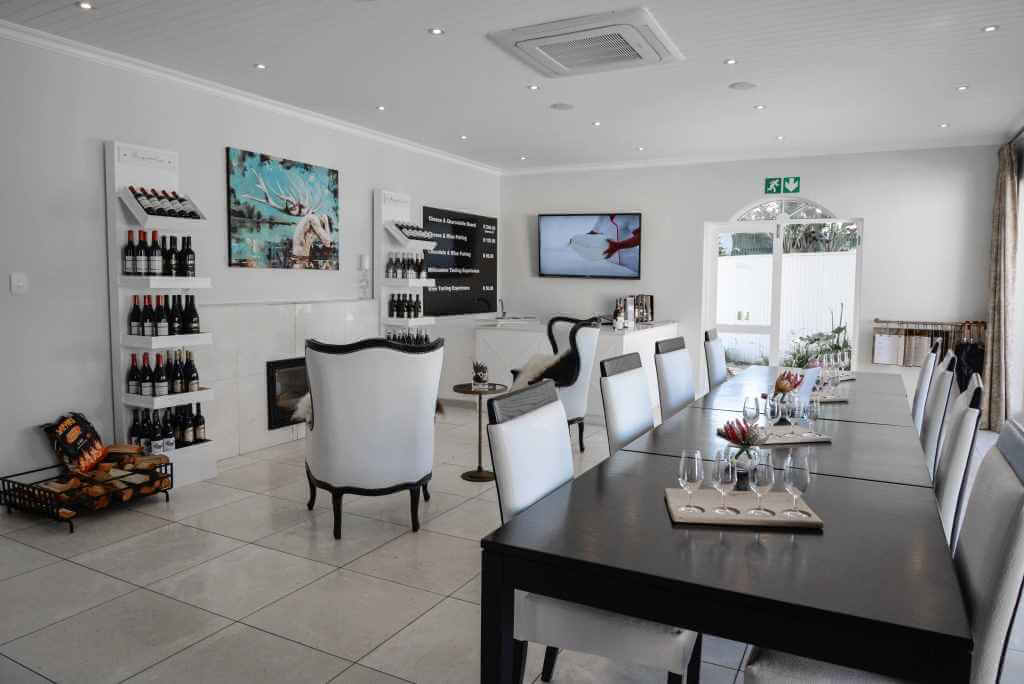 Lakeside Lodge Dine in style garden route.jpg