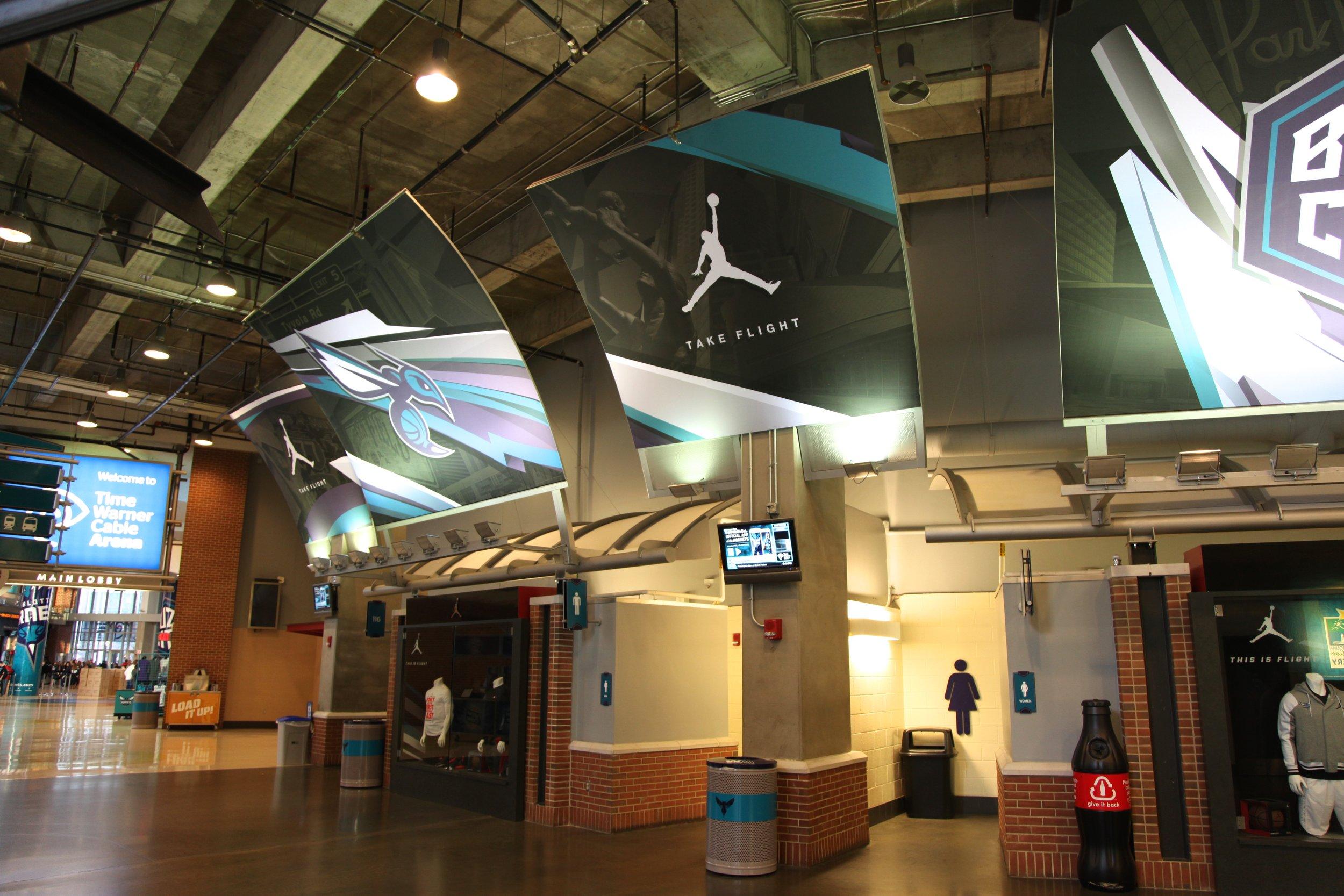 Hornets Curved Ceiling Mount.JPG