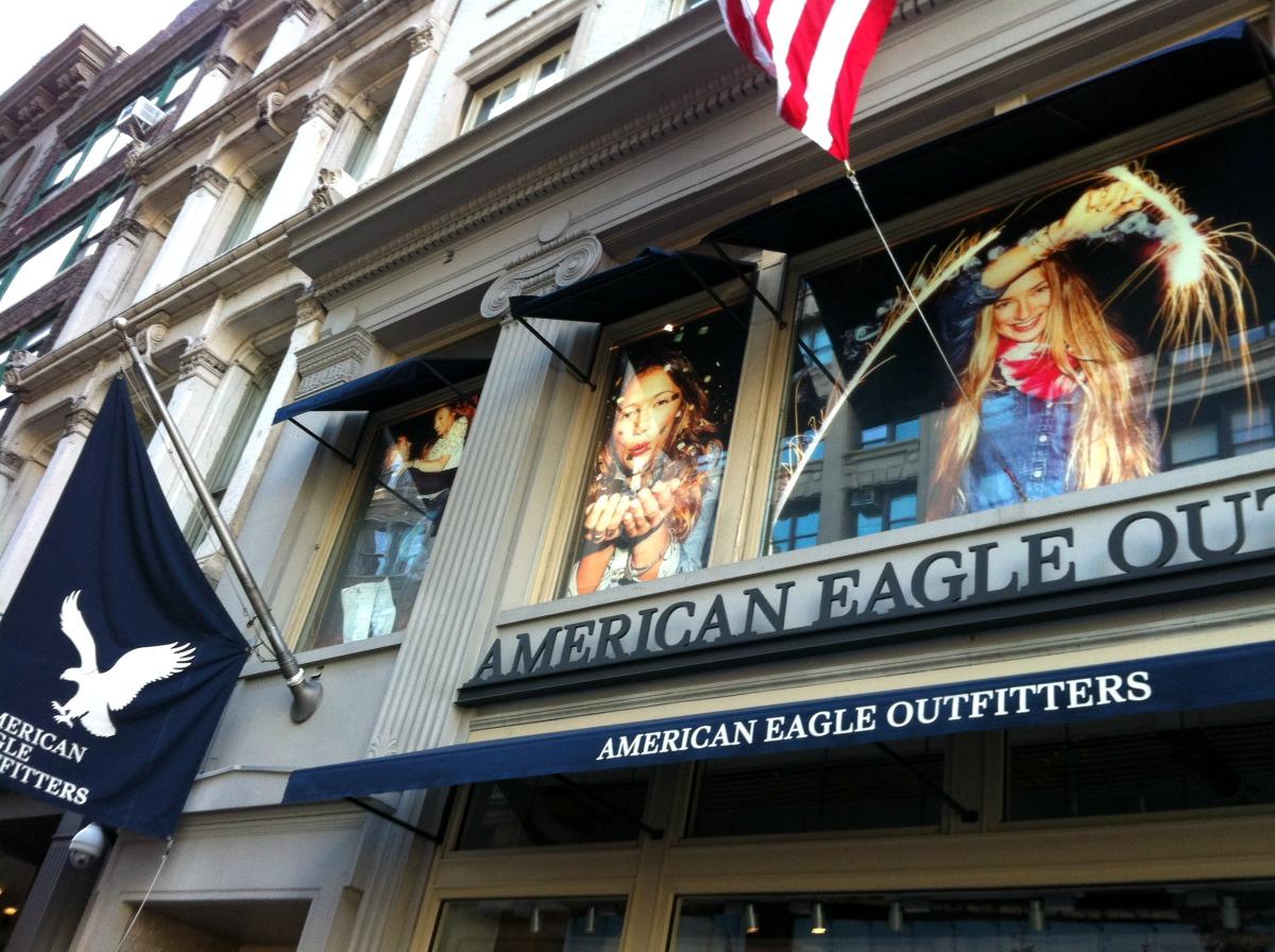 American Eagle Matrix Frame SEG Window Display