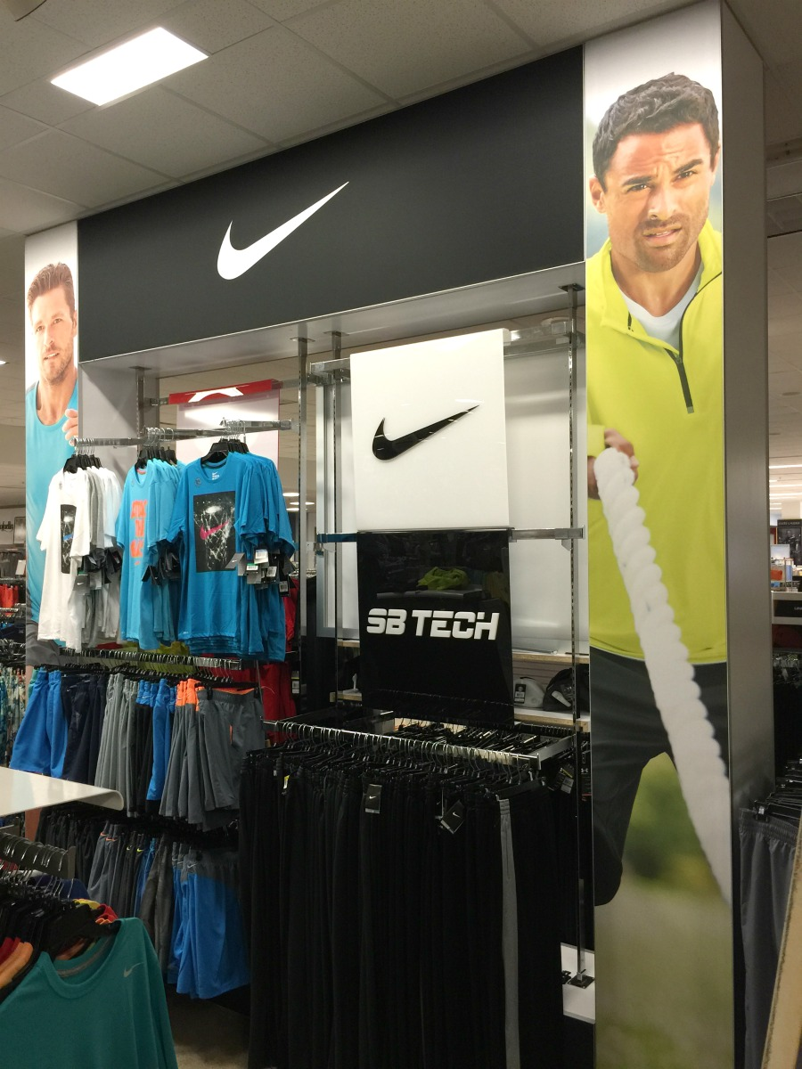 Belk - Nike Retail Fixture
