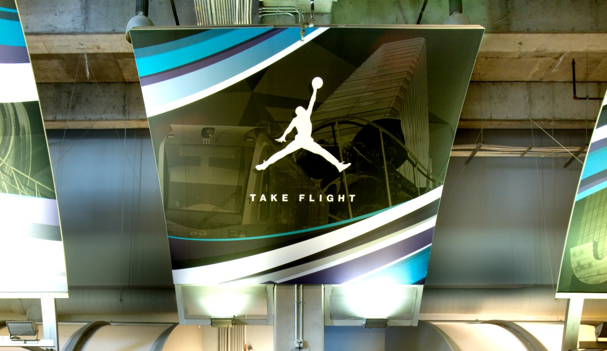 Take Flight Curved Matrix Frame