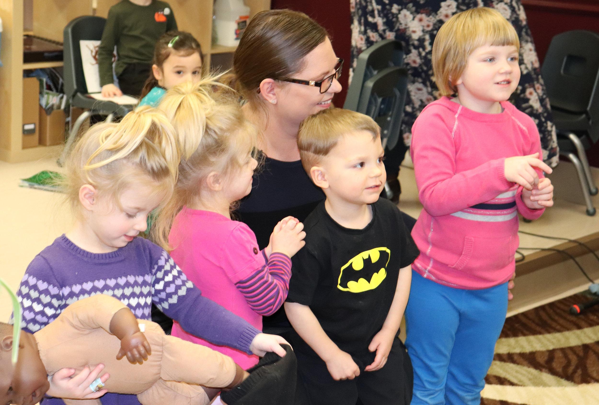 Billie MacFarlane with (l-r) Naomi, Ericka, Logan, and Sophie