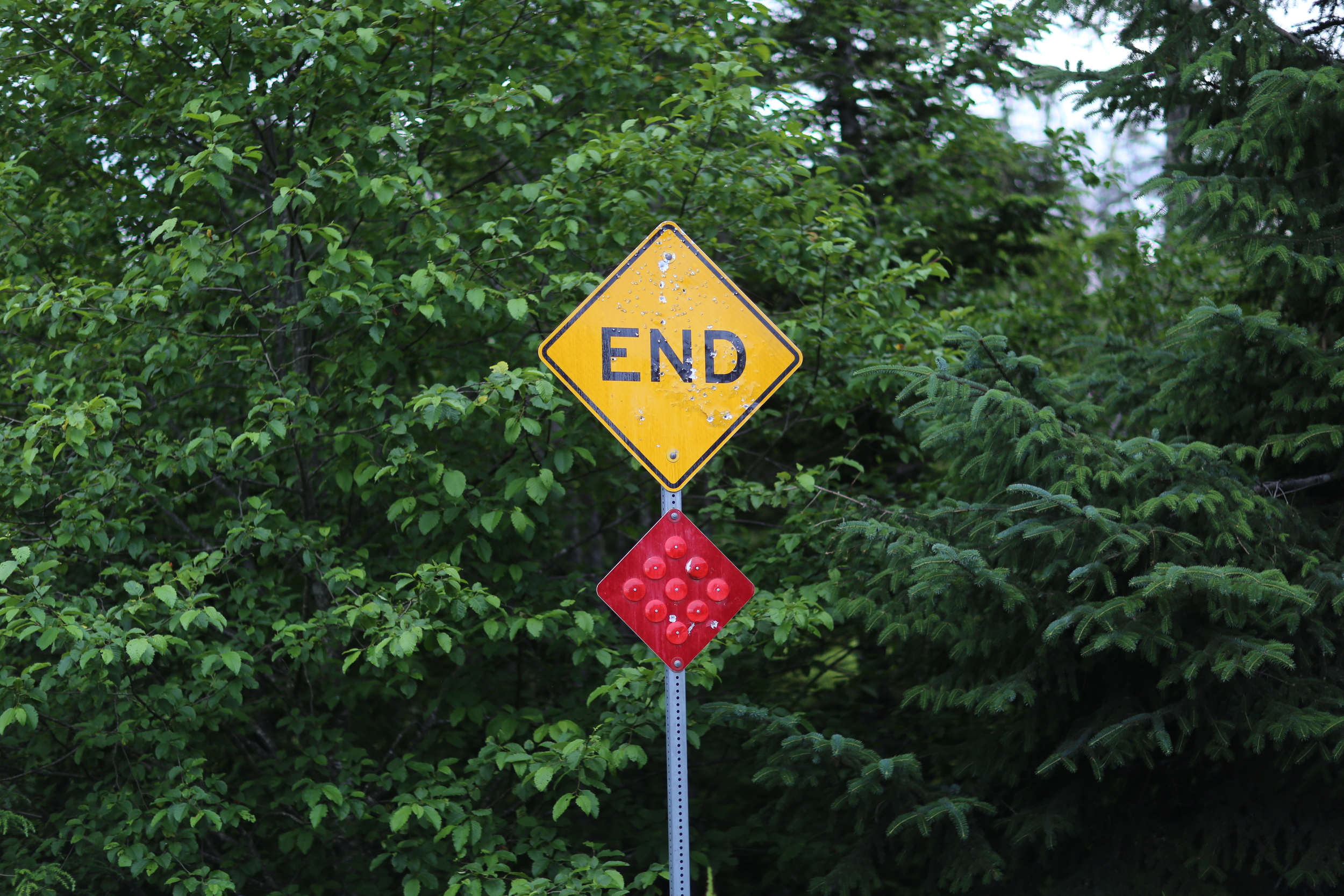 """End"" sign, at the end of the road in Douglas"