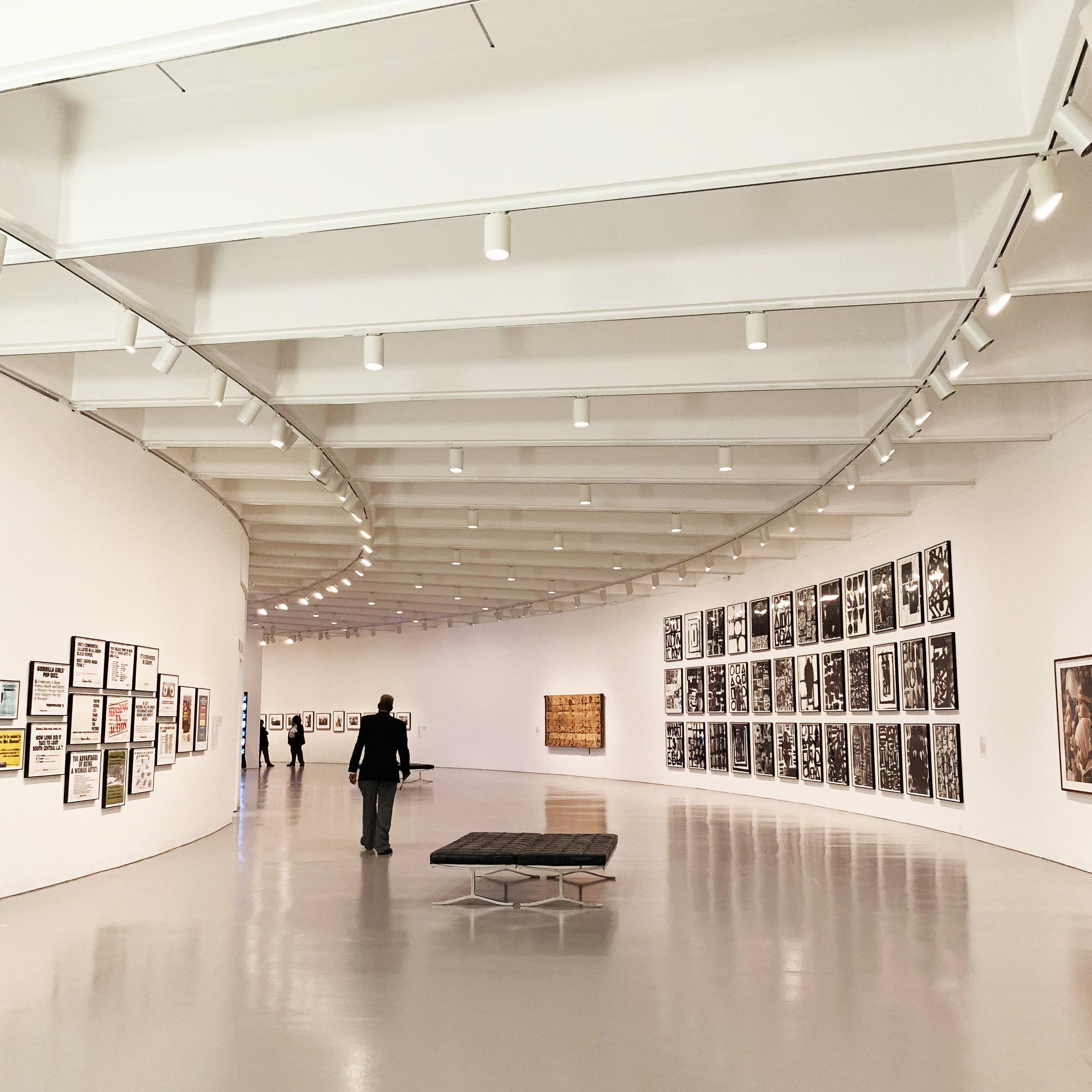 Circular galleries in the Hirshhorn Museum