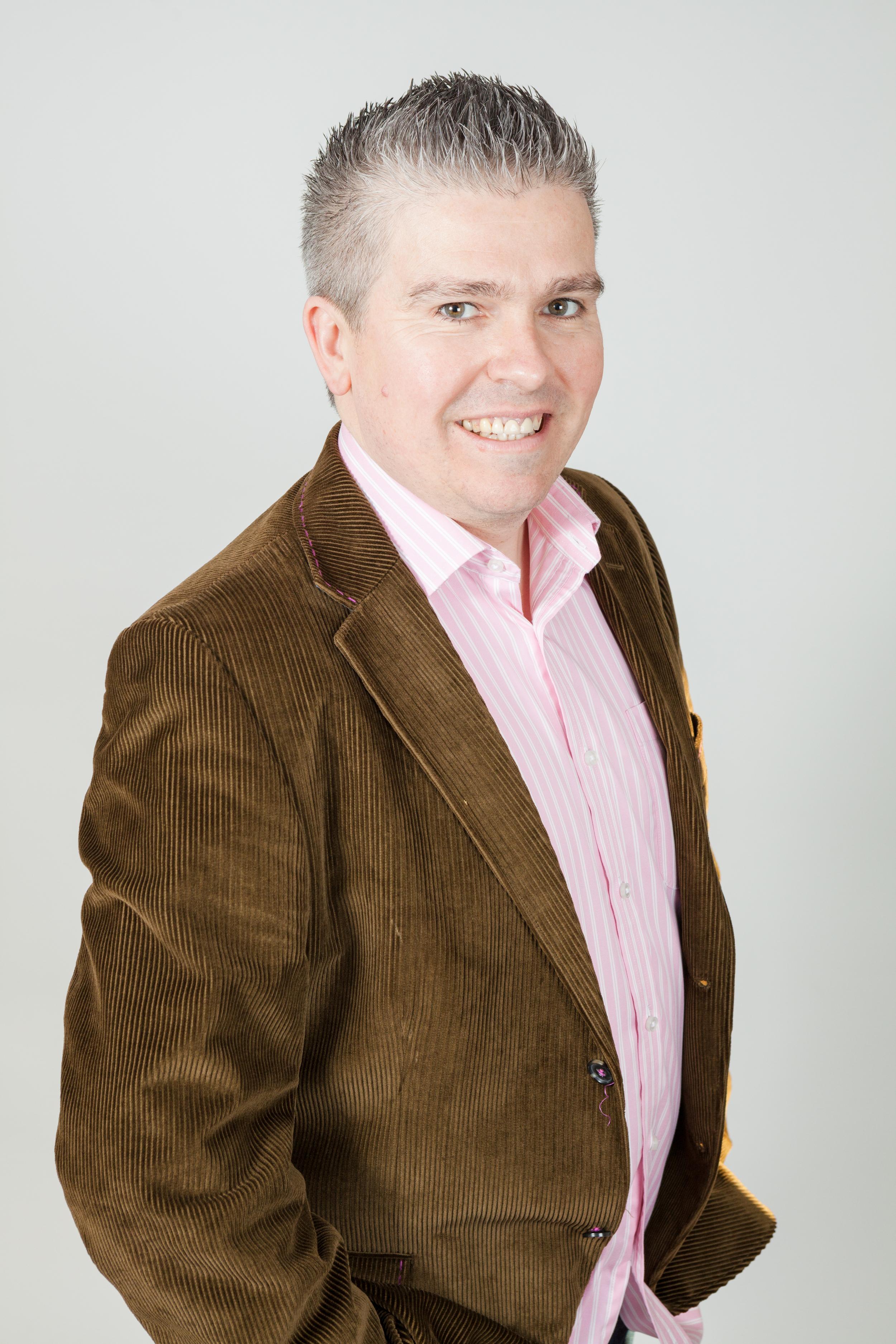 Dave - Green Jacket and Pink Stripe Shirt - Smiling _SimbocLtd_6806.jpg