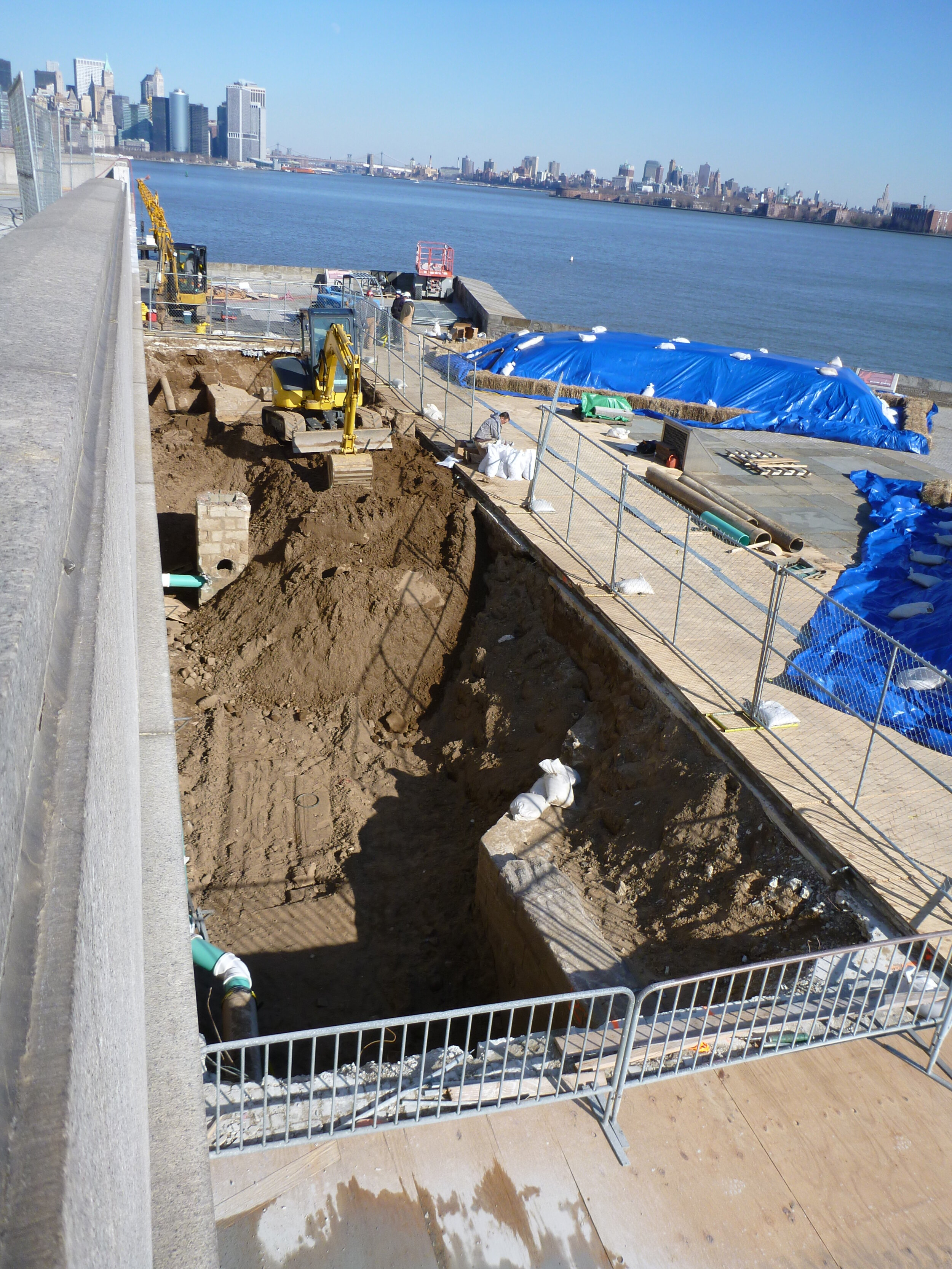 Excavating in front of the statue base 2013