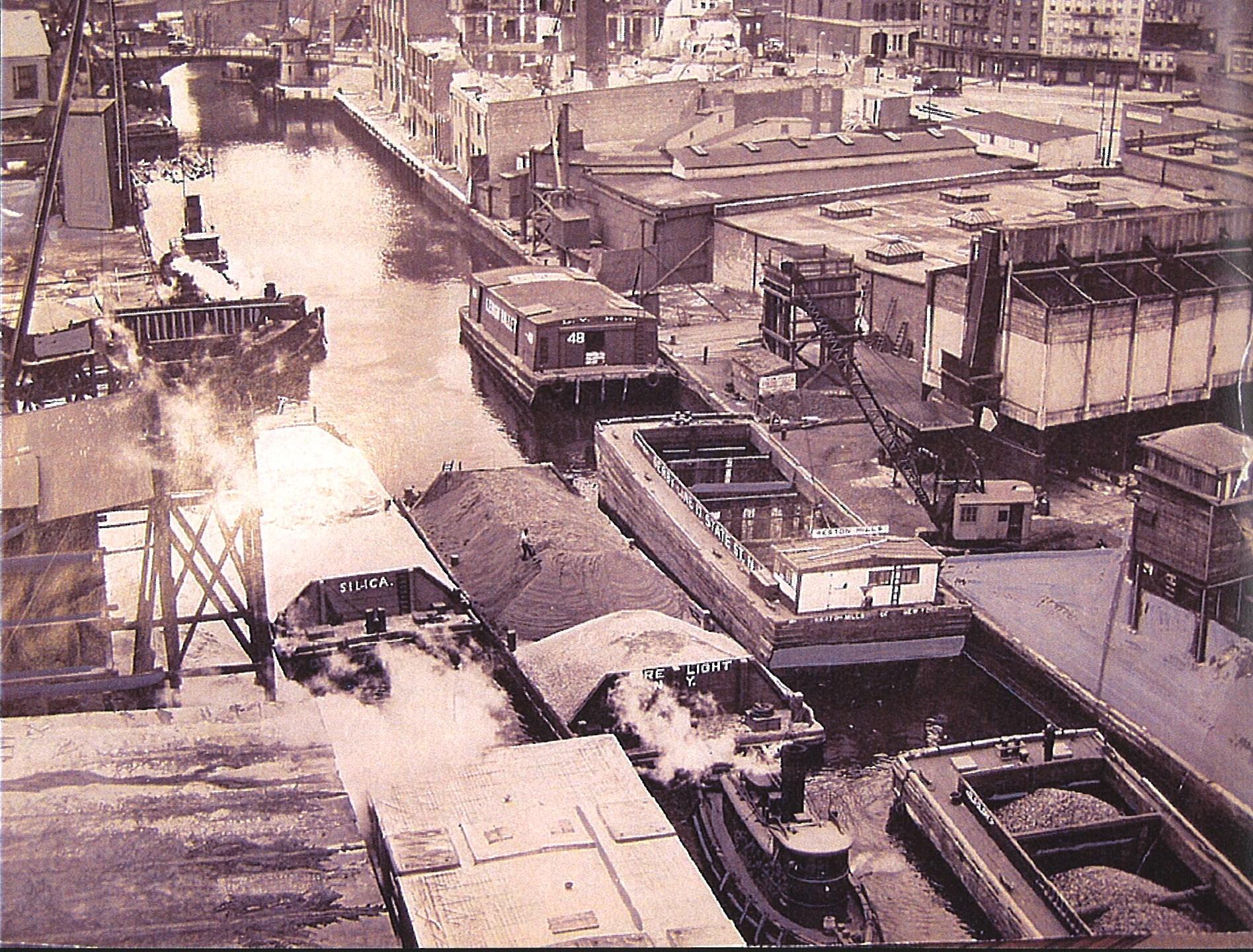 Gowanus Canal circa 1920.jpg
