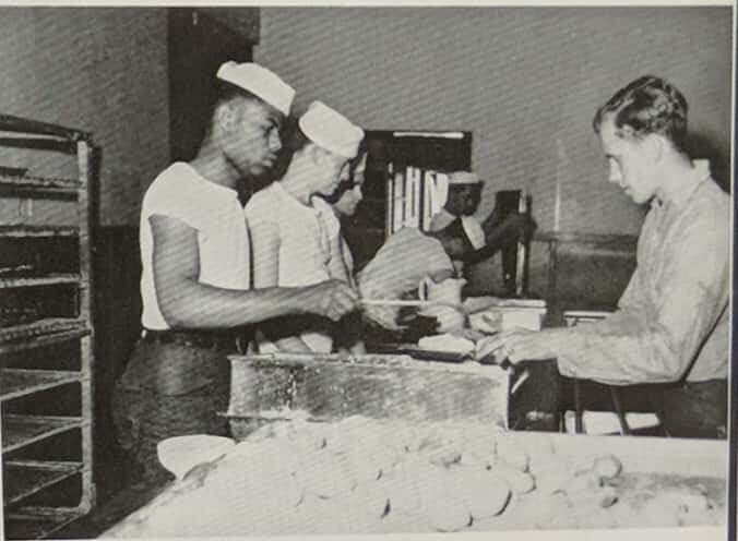 Commissary Department, 1944.jpg