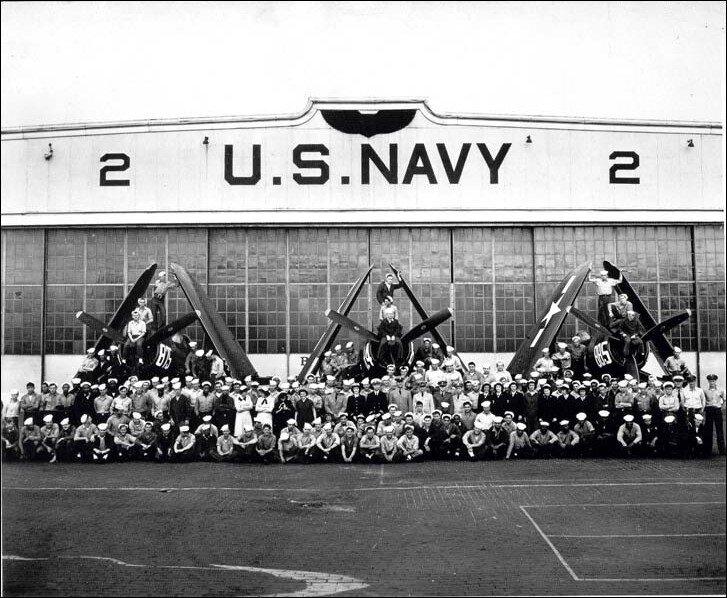Naval Air Station New York, 1944.jpg