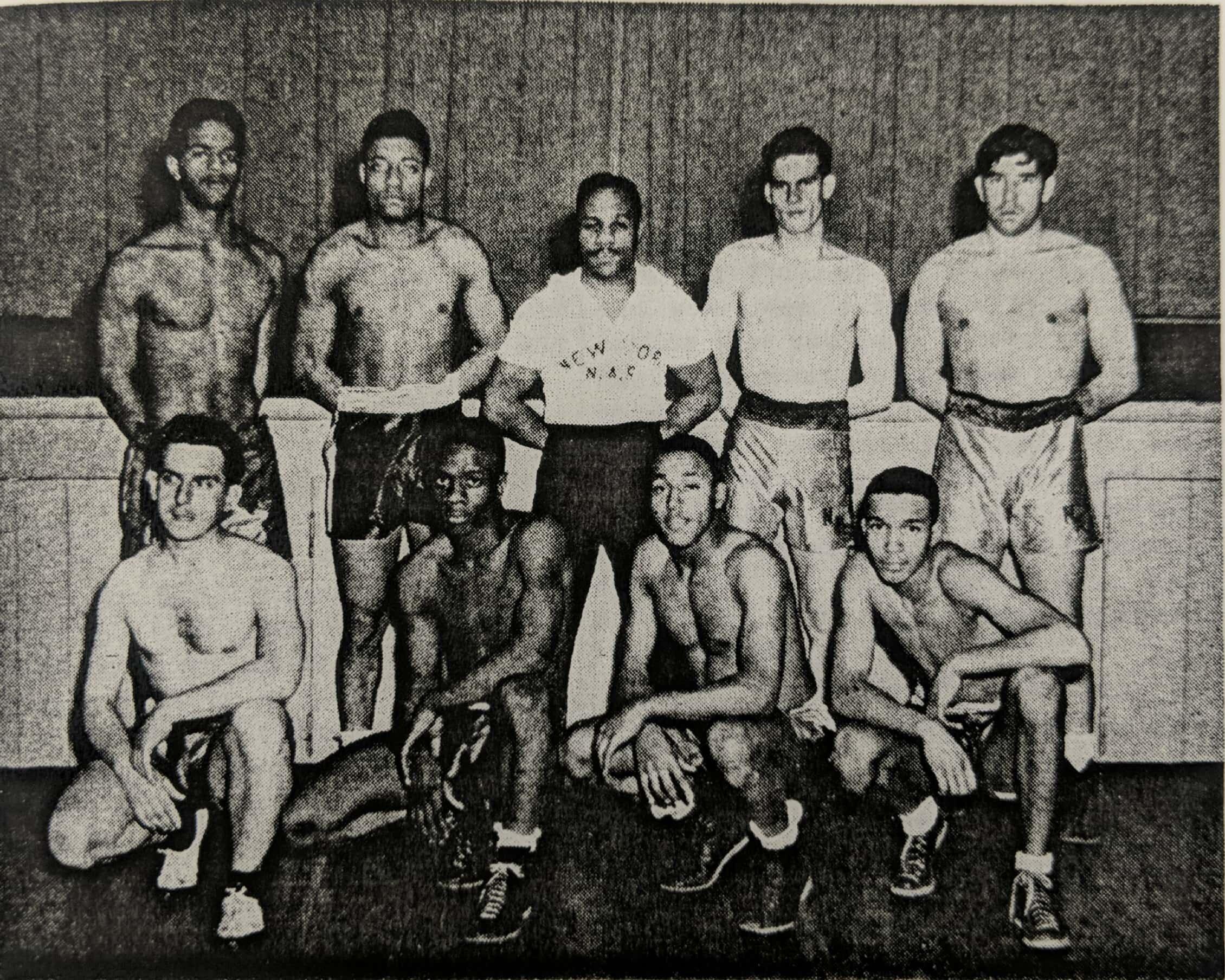 Boxing Team, 1945.jpg