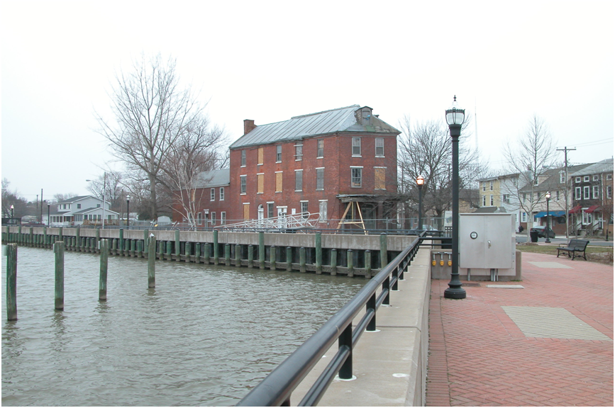 Delaware City on the Chesapeake and Delaware Canal.png