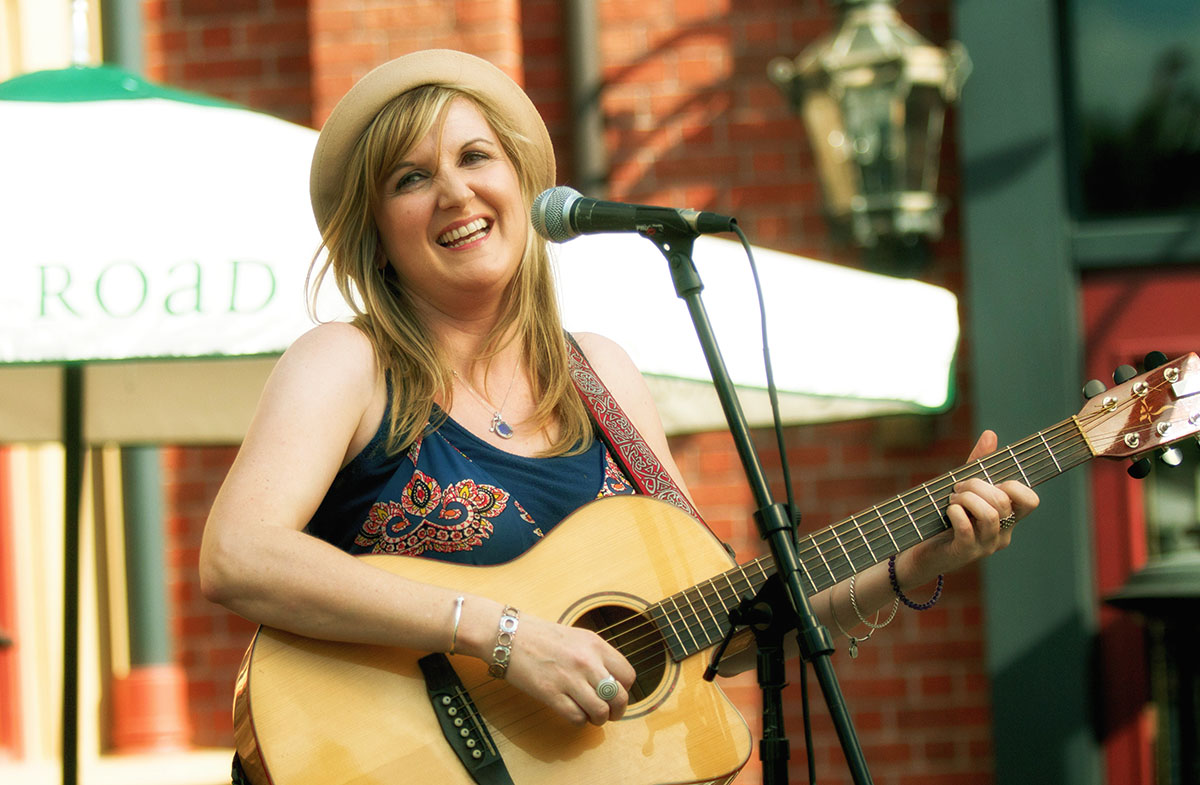 Singer Avi McGourty performs at Raglan Road Irish Pub. Photo by Tom Burton.