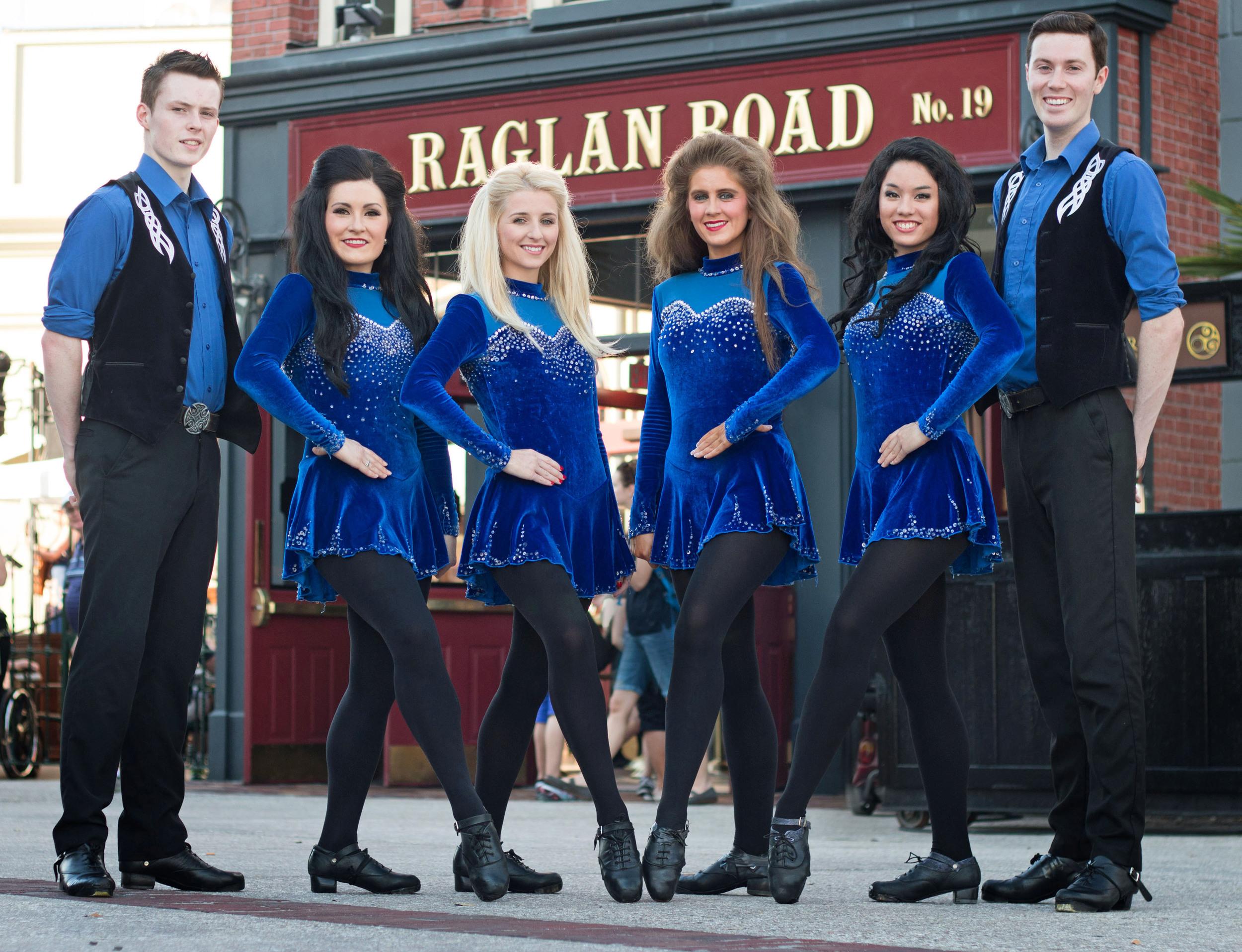 The Raglan Road Irish Dancers.
