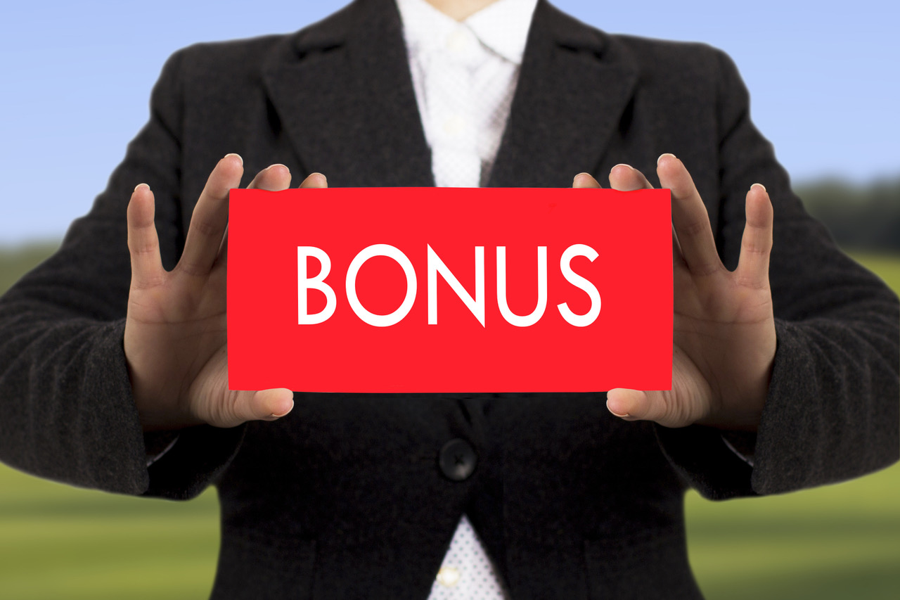 BONUS PROGRAM - Team members are eligible to earn up to 10% of their salary based on individual and company goal performance. Most teams get bonuses paid out three times per year. We love to recognize and reward good work and great accomplishments.