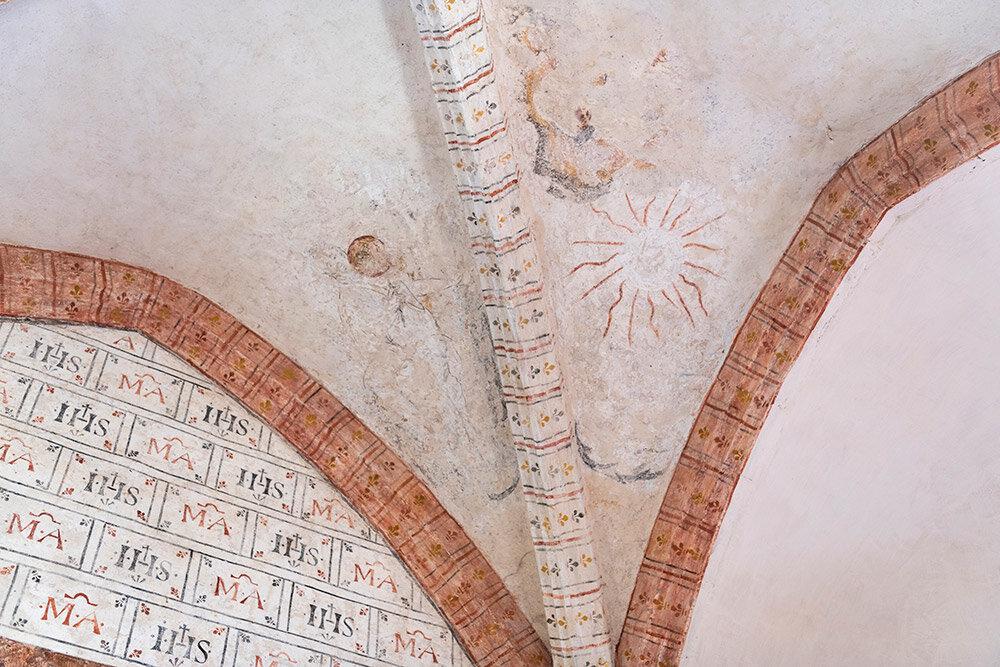 Images extraites du livre Salagou, la planète rouge © Melkan Bassil - Photographies disponibles sur www.imagesoccitanie.com