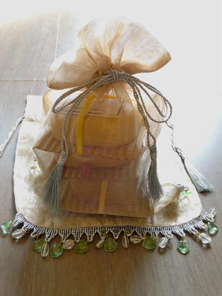 3-Bar Gift Bag: get them a variety!