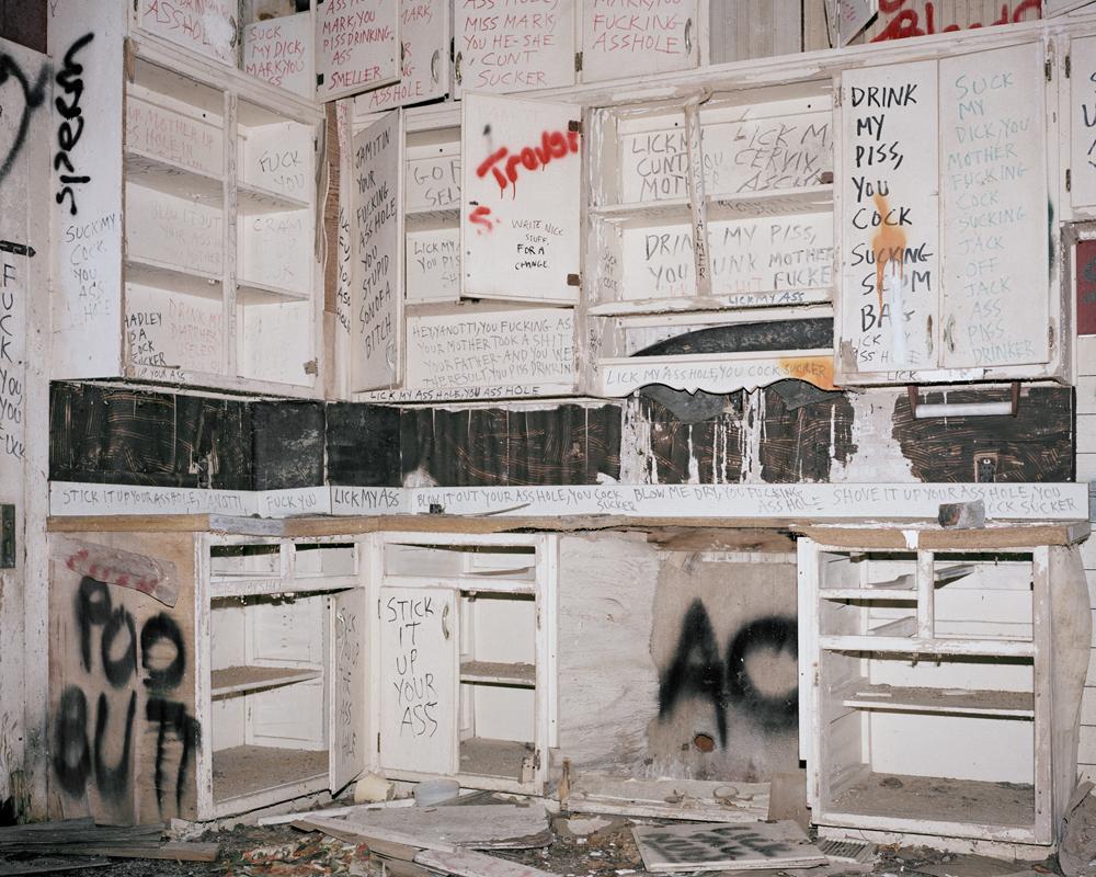 120_007_ 008_Kitchen.jpg