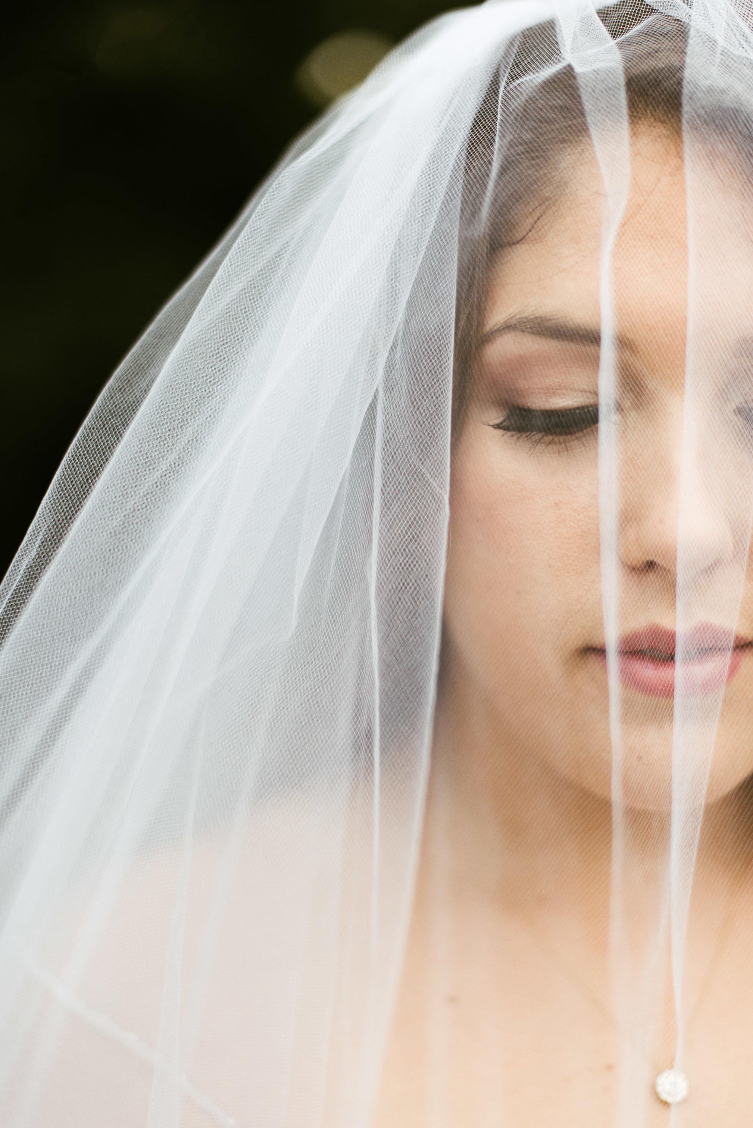 Atascocita Bridal Session | Natural Light Houston Photographer | www.jordanmitchellphotography.com