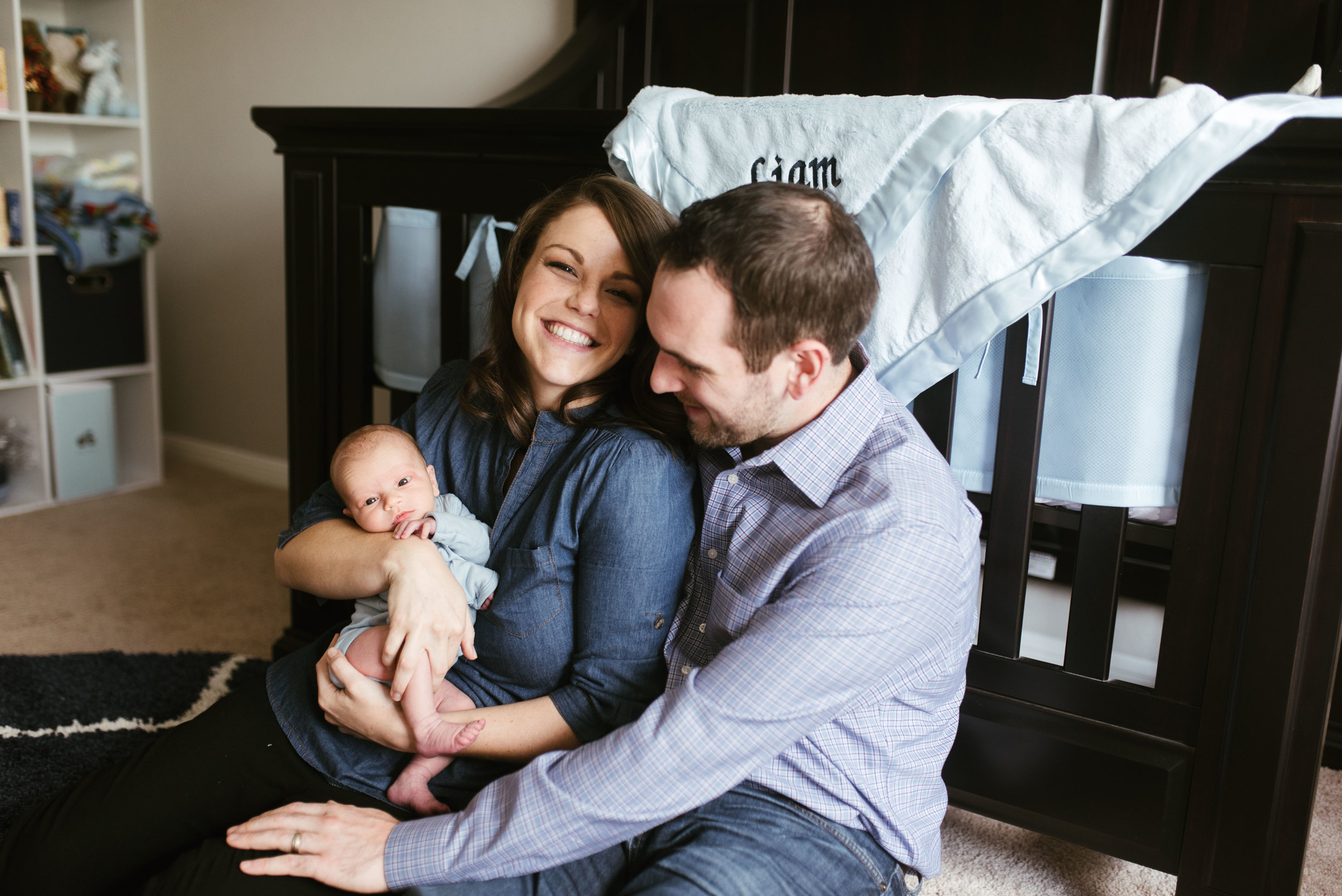 Sugar Land Lifestyle Newborn Session | Houston Natural Light Photographer | www.jordanmitchellphotography.com