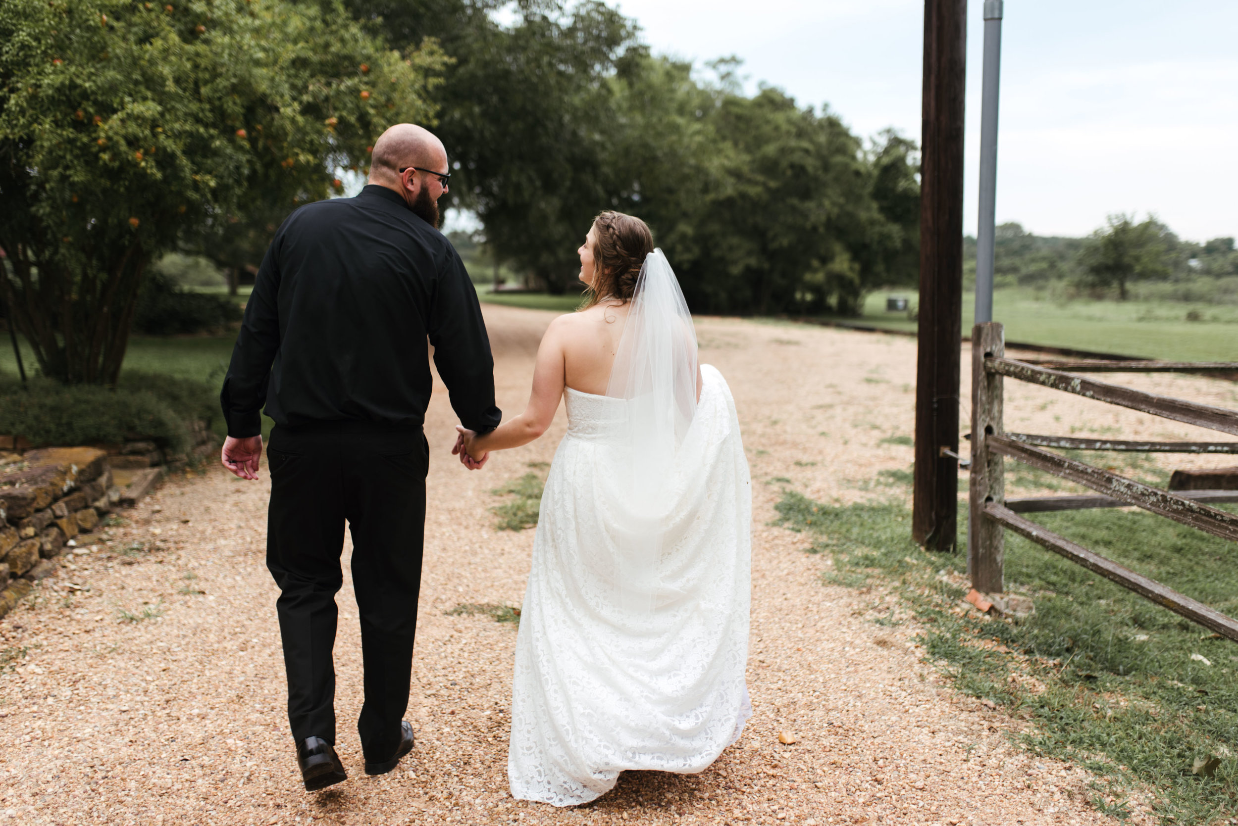 Chappell Hill Wedding | Fort Worth Wedding Photographer | Dallas Wedding Photographer | www.jordanmitchellphotography.com