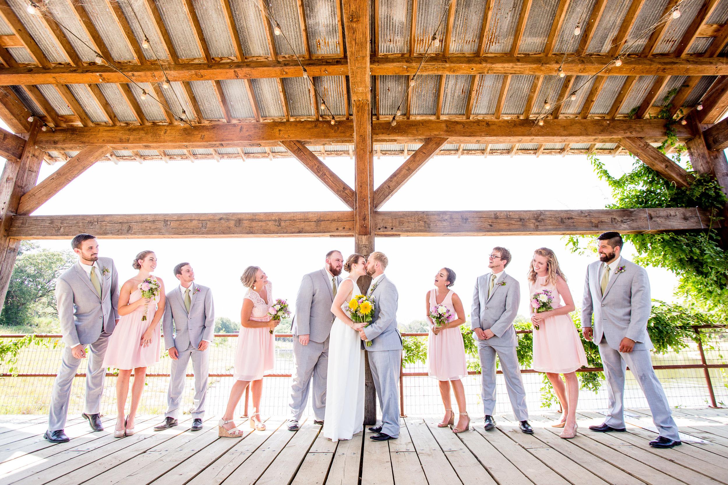 WeddingParty-59.jpg