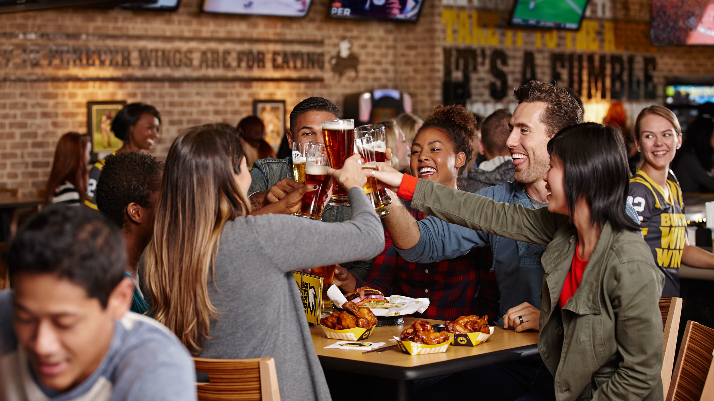 2014_Lifestyle_Cold_Climate_at_Table_Alcohol_00696.jpg