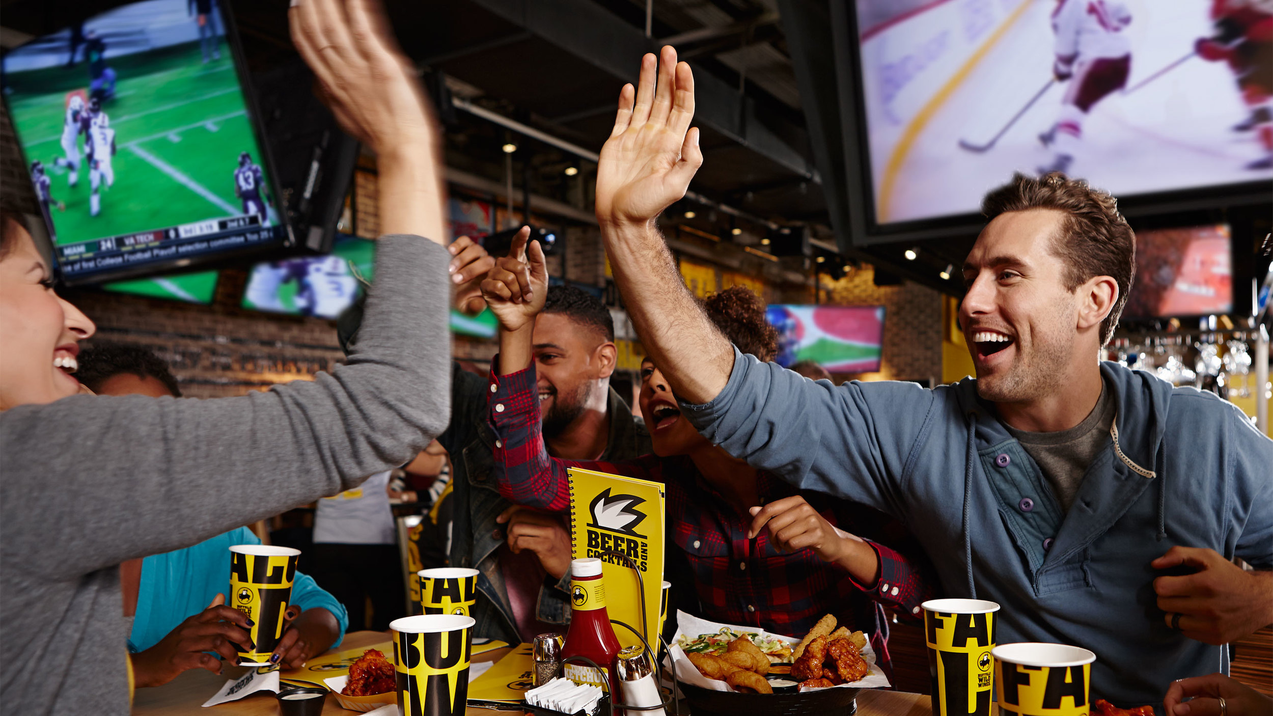 2014_Lifestyle_Cold_Climate_at_Table_NCAA_00872.jpg