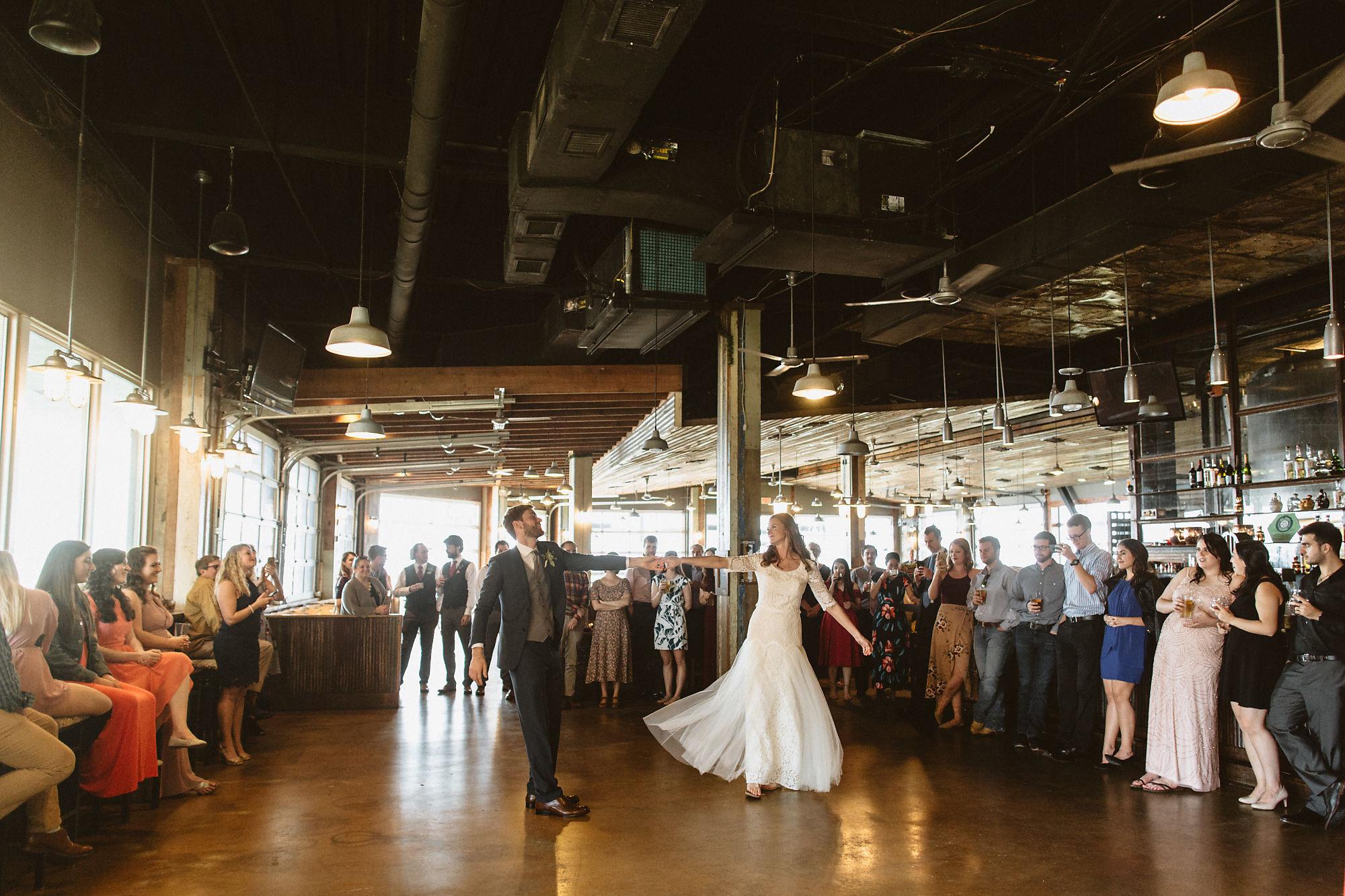 jessica_austin_oasis_brewery_wedding_photos153446.jpg