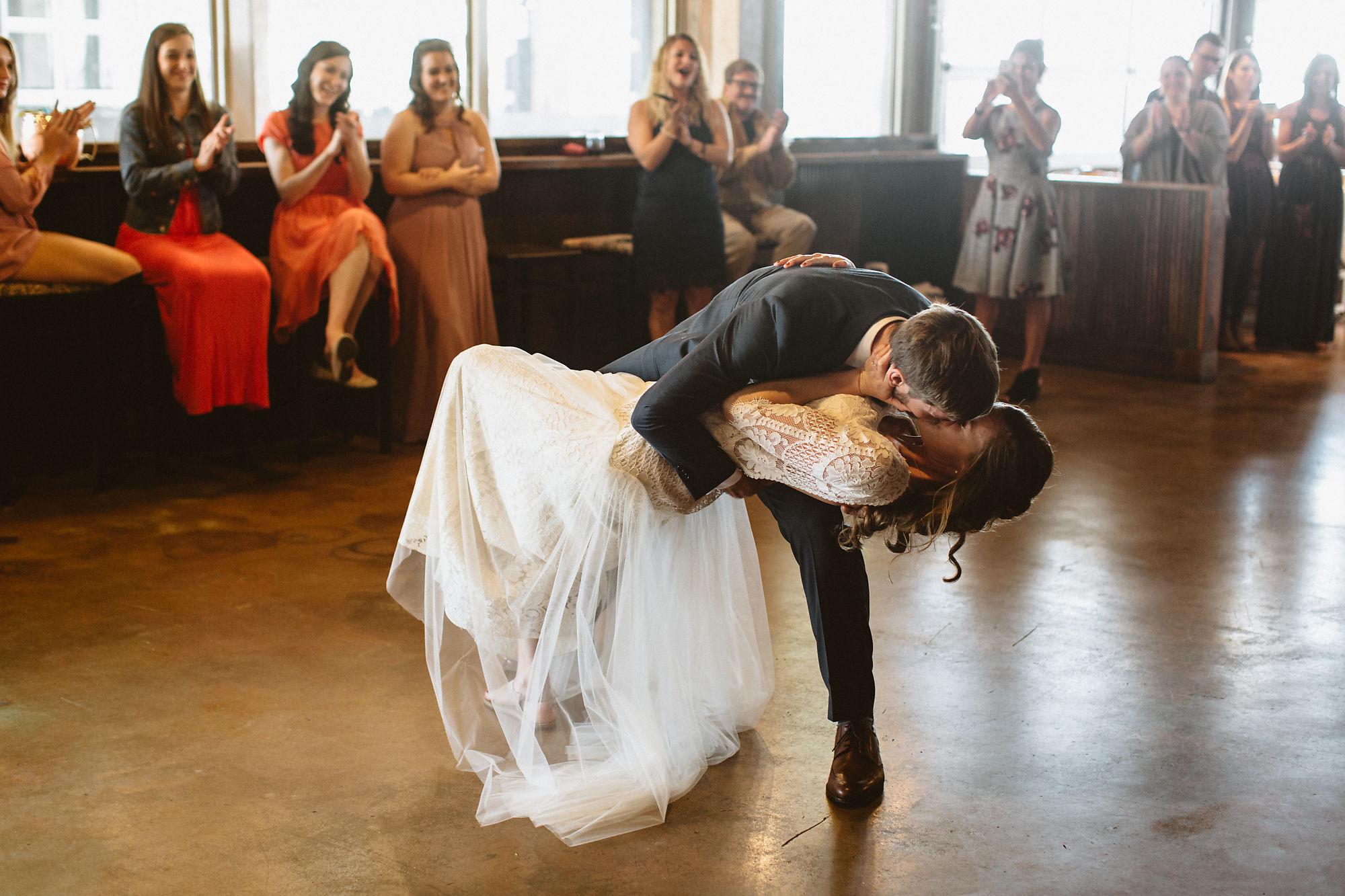 jessica_austin_oasis_brewery_wedding_photos153757.jpg