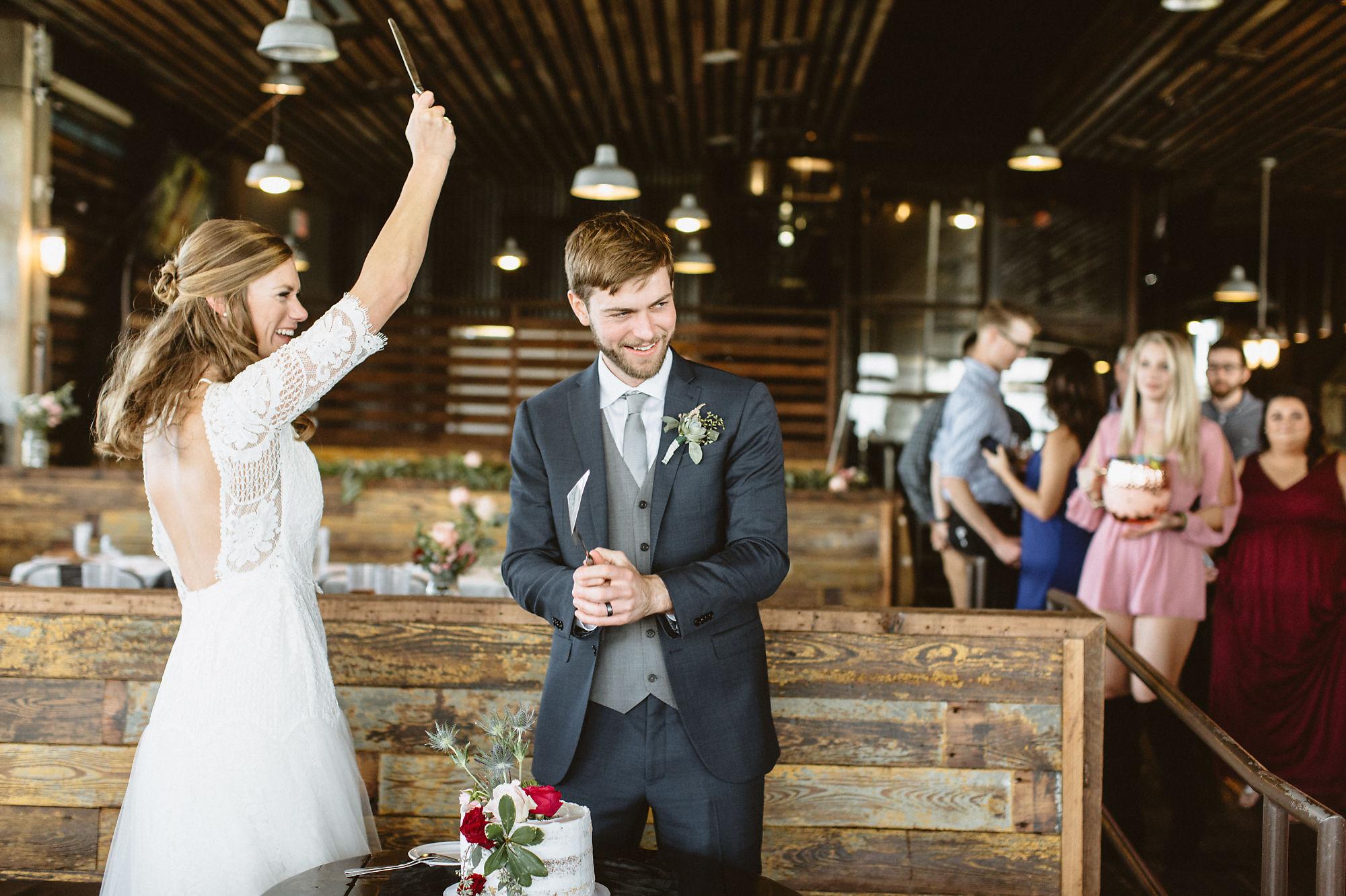 jessica_austin_oasis_brewery_wedding_photos154225.jpg