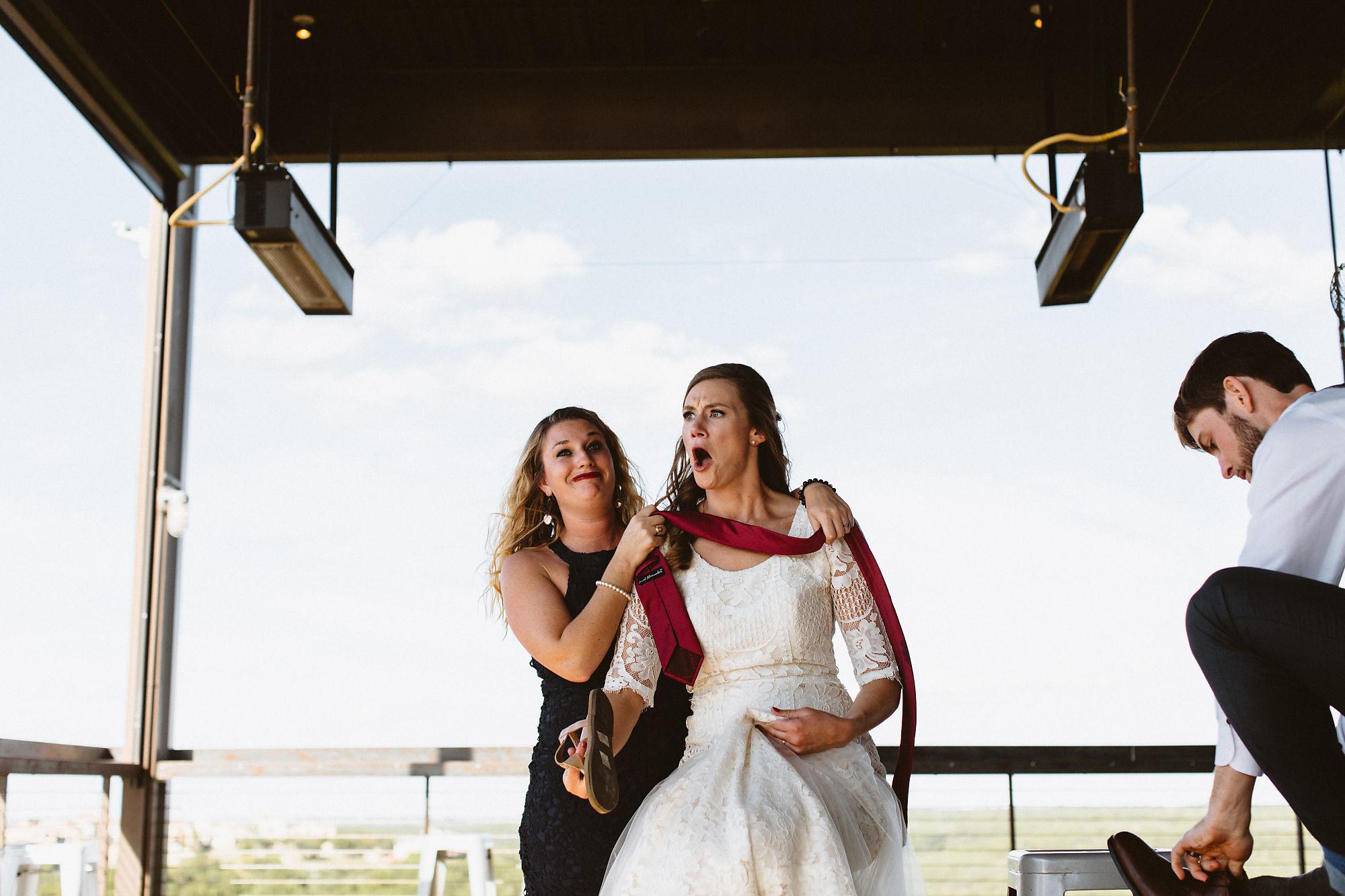 jessica_austin_oasis_brewery_wedding_photos161507.jpg