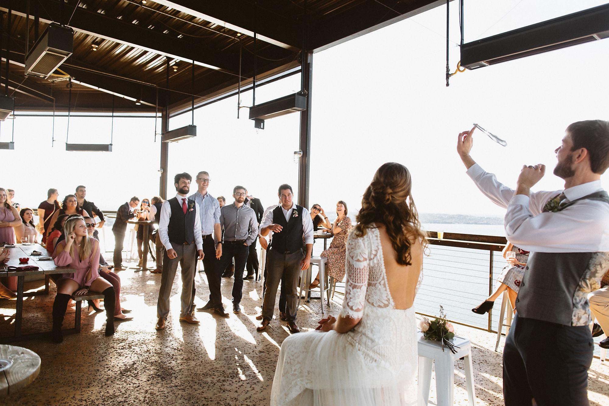 jessica_austin_oasis_brewery_wedding_photos162209.jpg