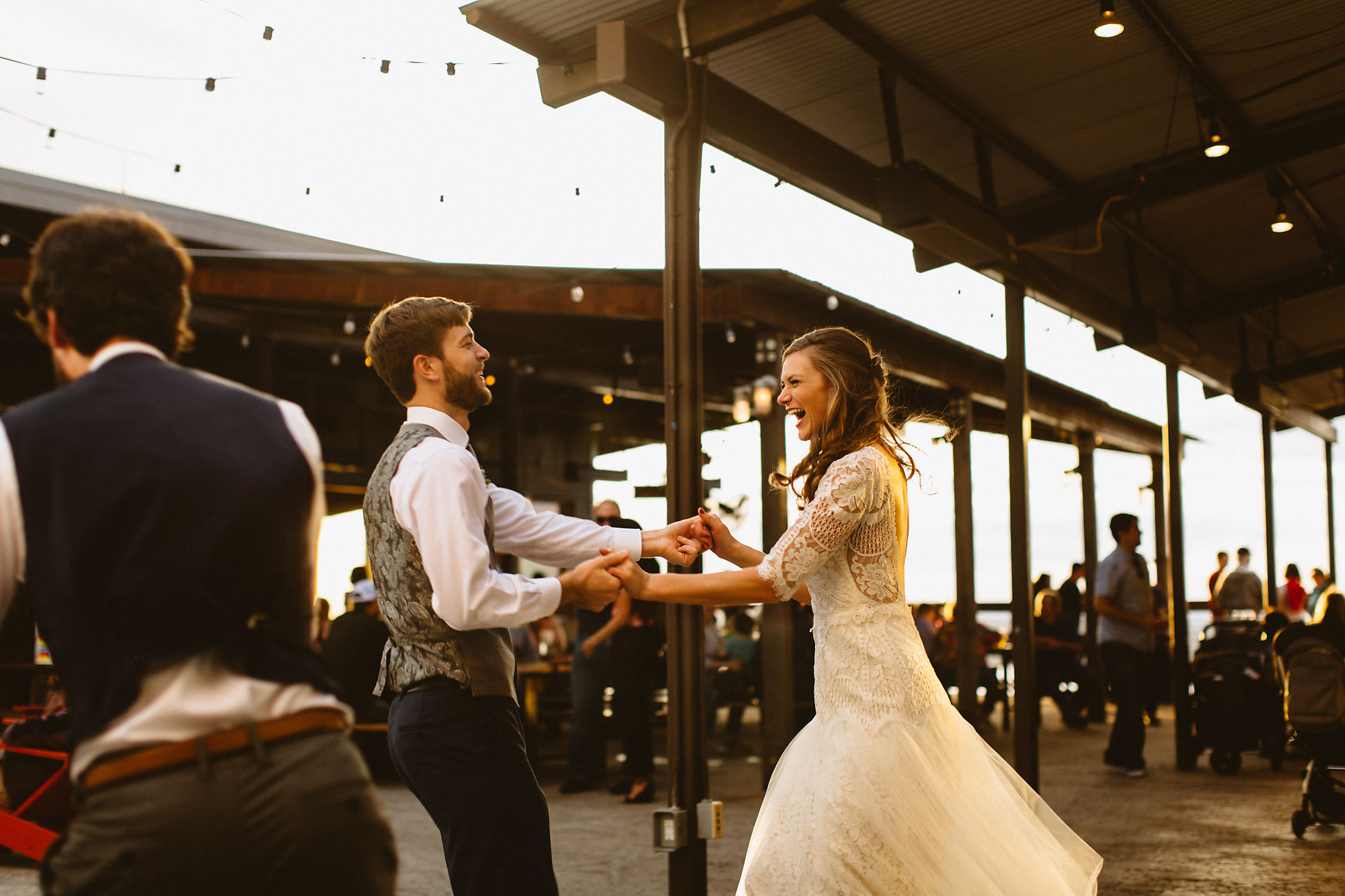 jessica_austin_oasis_brewery_wedding_photos181823.jpg