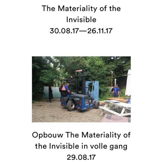 We are now installing in the gardens of @marres_maastricht 🚚 🍃 Join us tonight at 18:00 for the opening 🎉 Photo courtesy of @marres_maastricht #marreshouseforcontemporaryculture#materialityoftheinvisible#janvaneyckacademie#art#archeology#Architecture#design#exhibition#garden