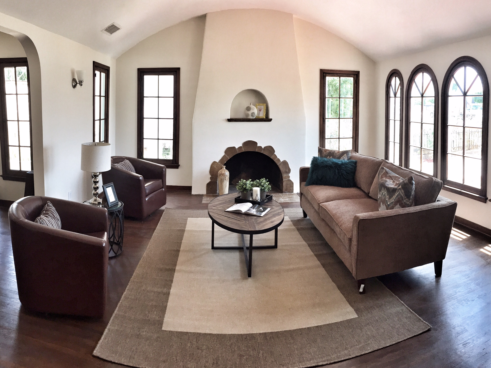 Living Room 1 copy.jpg