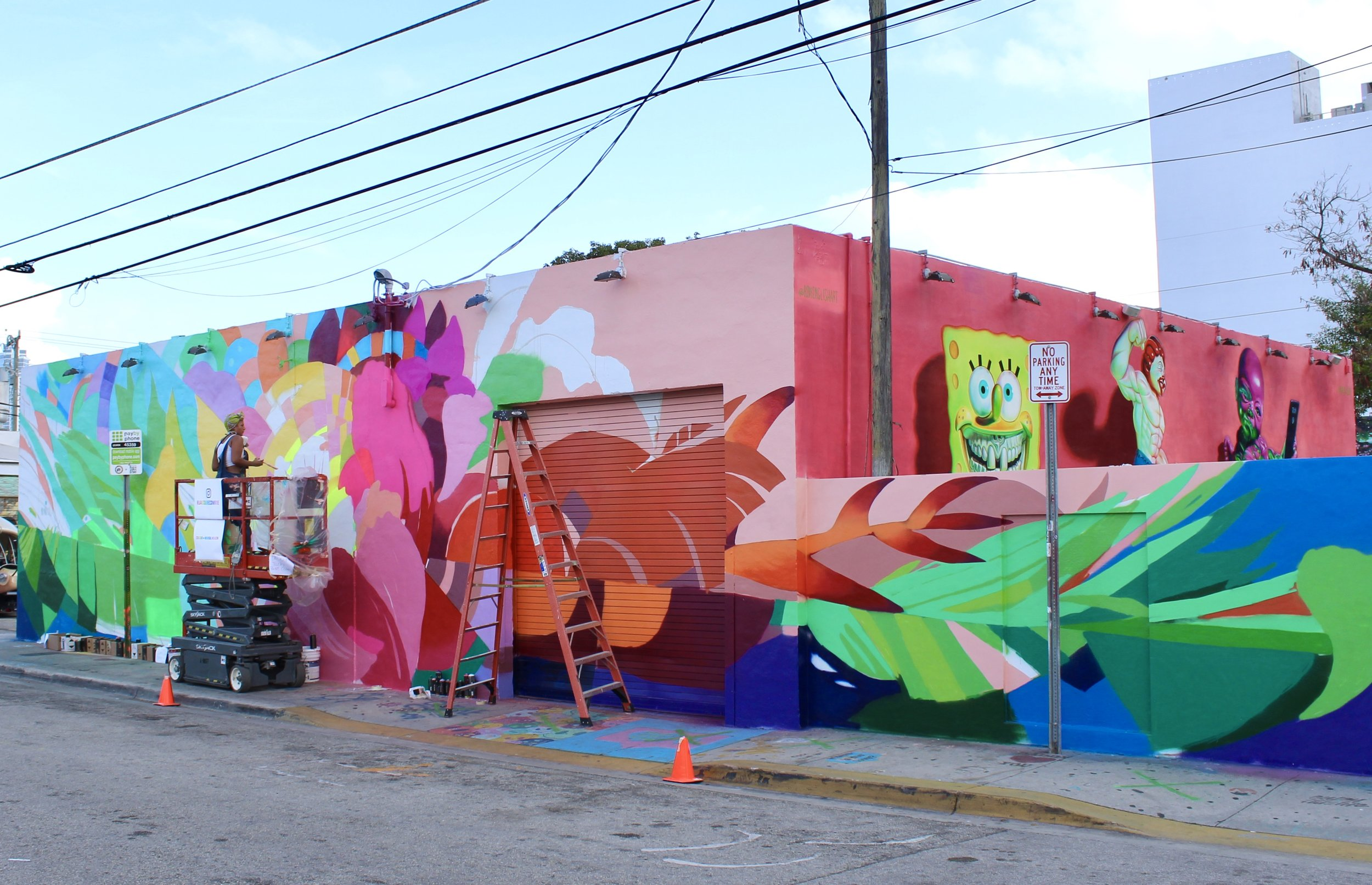 New mural unveiled for Glossier Miami Pop-Up Store at Wynwood Walls, Miami.