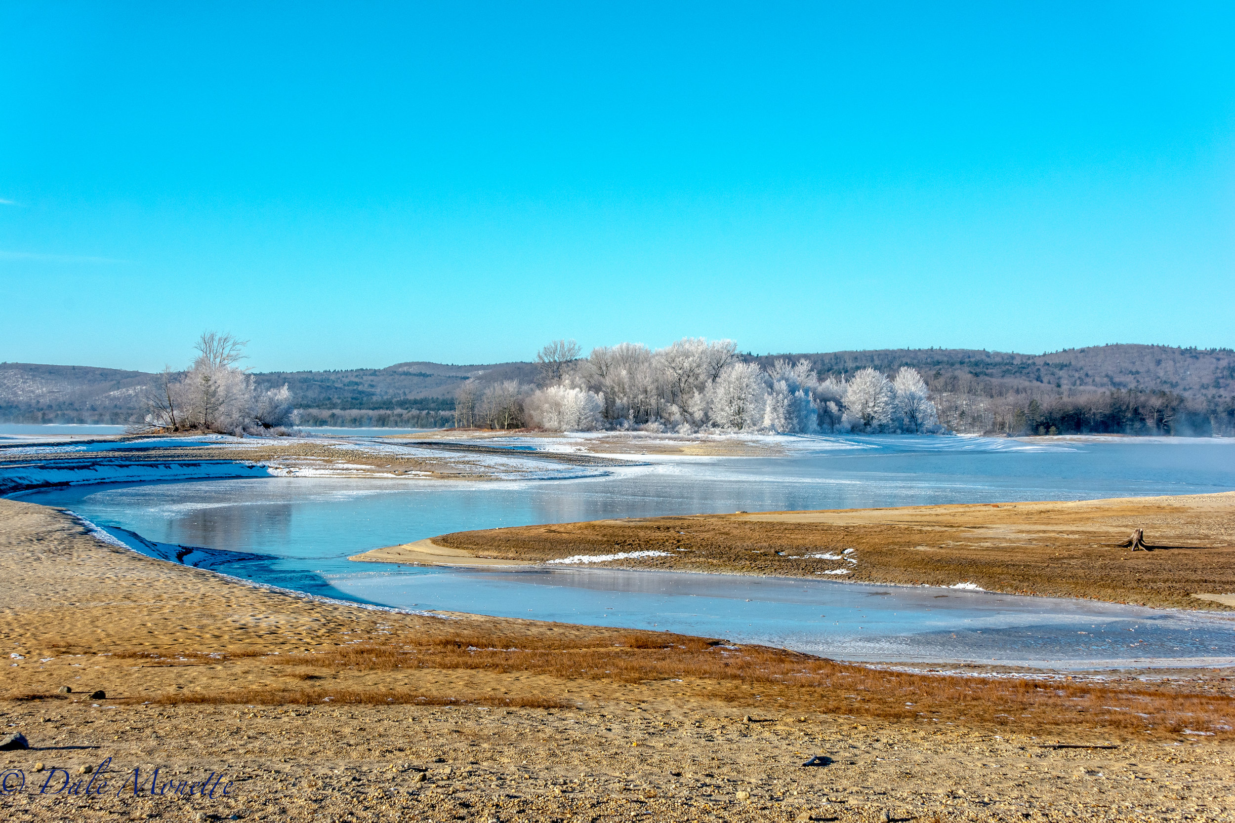 Here are a couple pictures of the Quabbin at 6 below zero in the early morning sun.  Bring on winter!   12/20/12