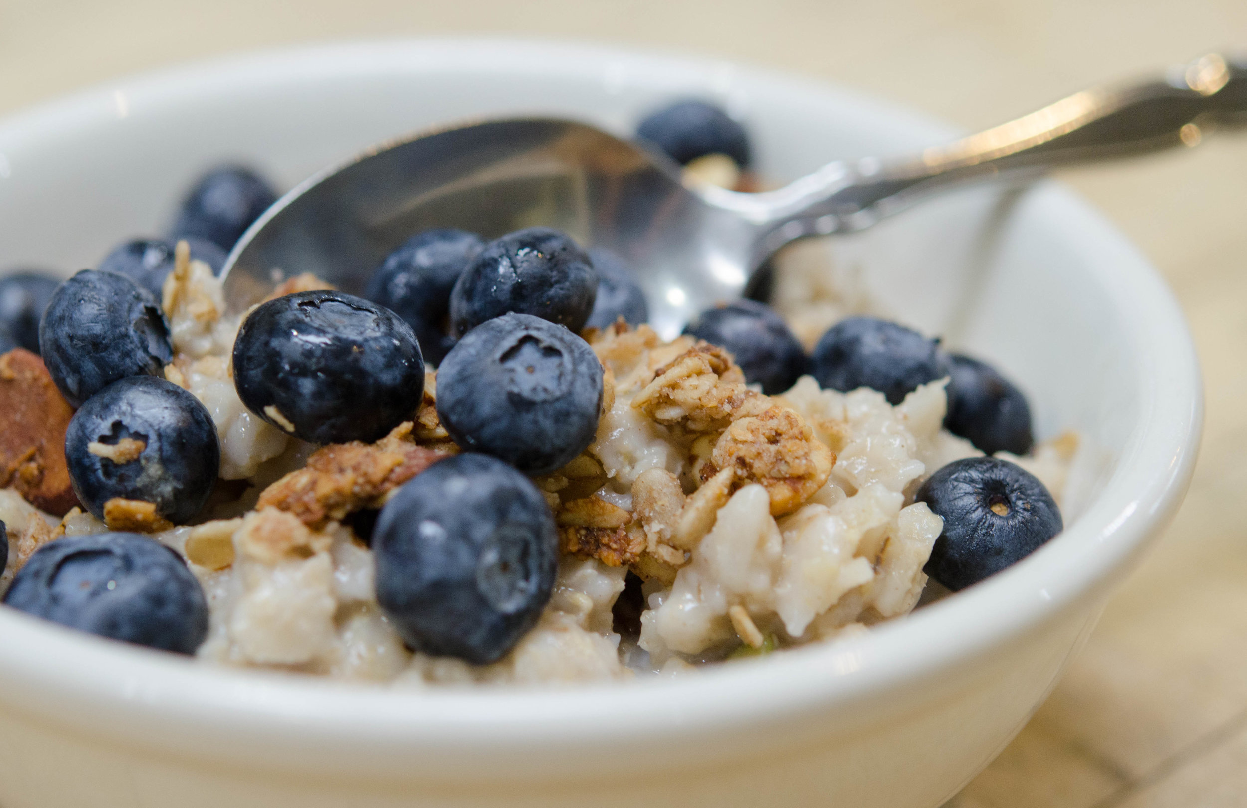 Oatmeal with Blueberries-2.jpg