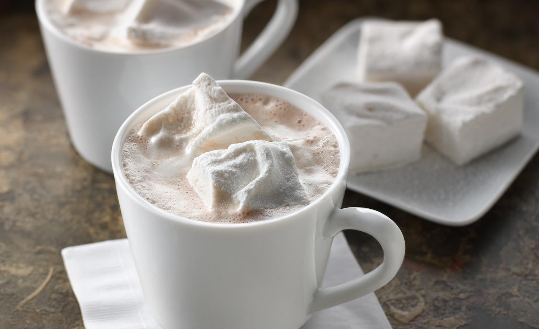 Hot_Chocolate_With_Homemade_Marshmallows.jpg