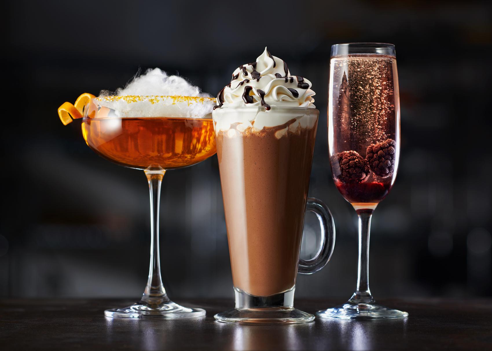 cocktail_shake_champaigne_drinks.jpg