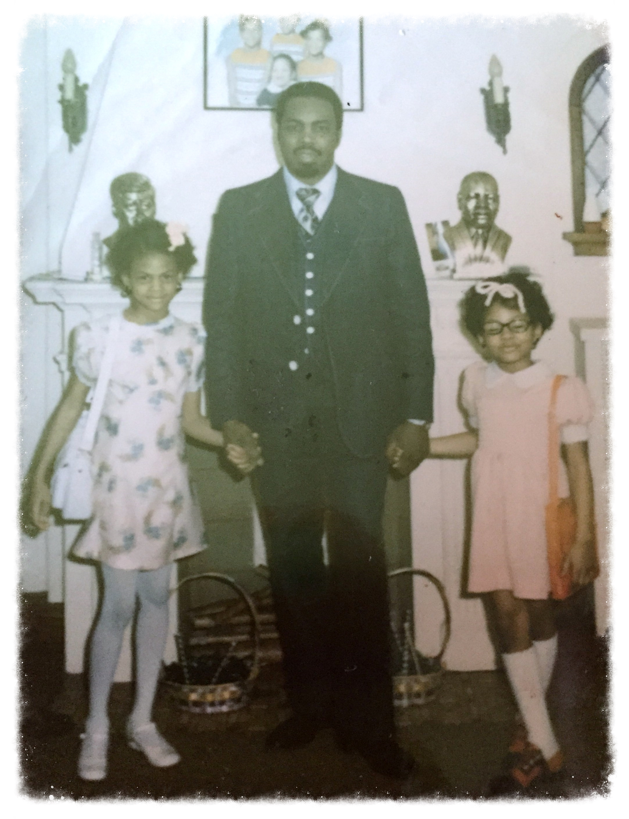 Sheila, (far right) with her dad and sister around the time of her parents' divorce.