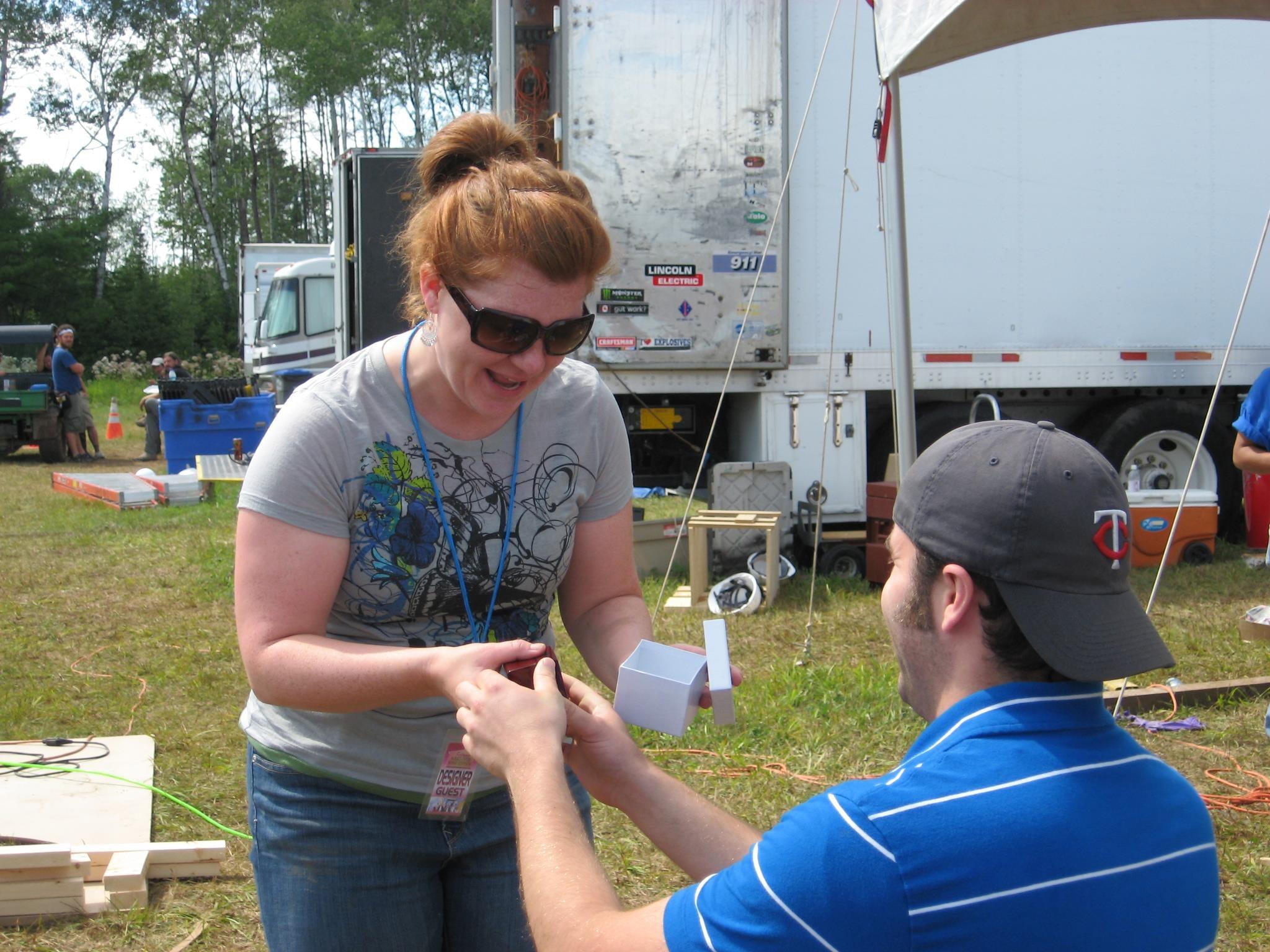 Alex proposing to Nicole.jpg
